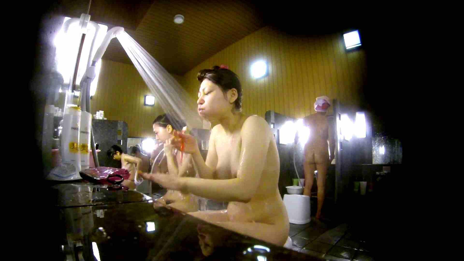巨乳 乳首:洗い場!柔らかそうな身体は良いけど、歯磨きが下品です。:怪盗ジョーカー