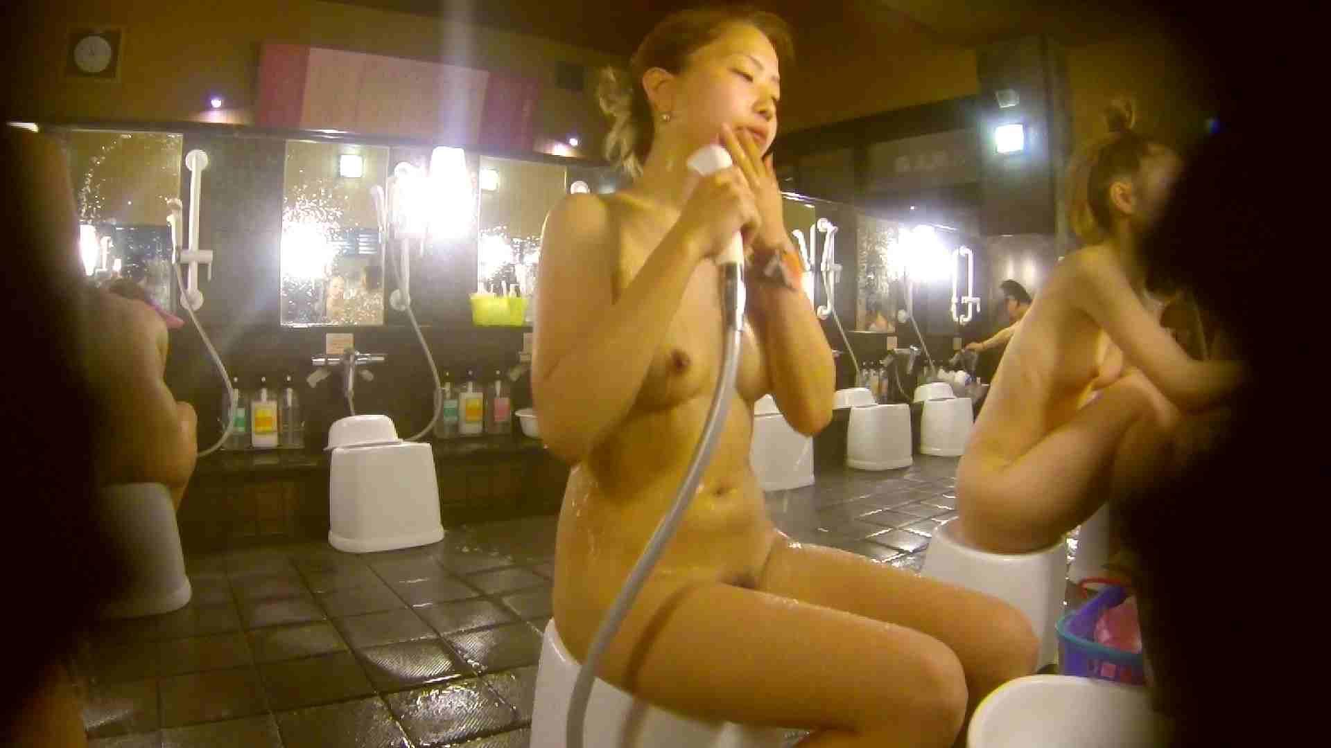 追い撮り!脱衣~洗い場、そして着替え、髪を乾かすまで完全追跡。 銭湯 隠し撮りセックス画像 87pic 30