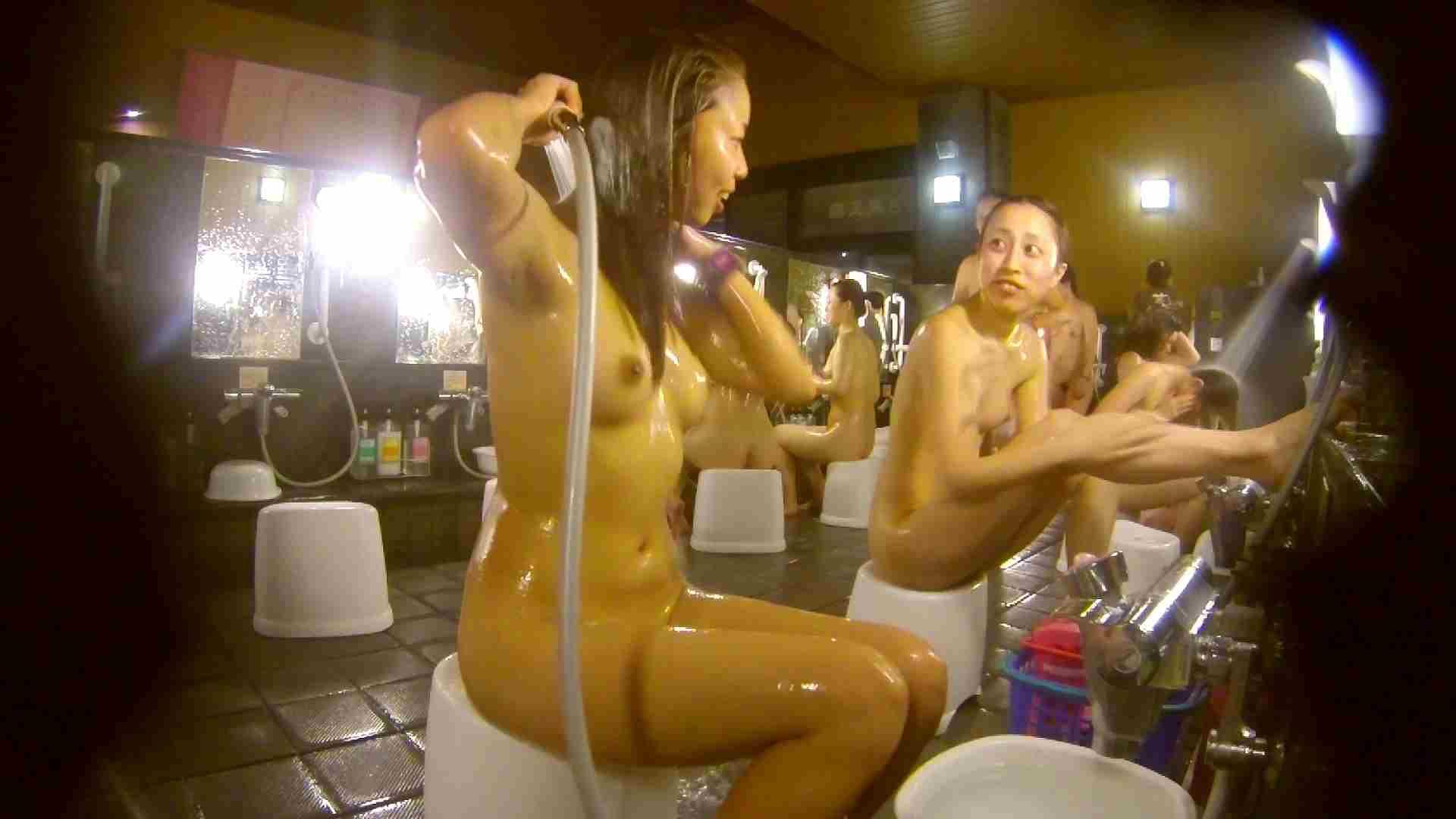 追い撮り!脱衣~洗い場、そして着替え、髪を乾かすまで完全追跡。 追跡 盗撮アダルト動画キャプチャ 87pic 71