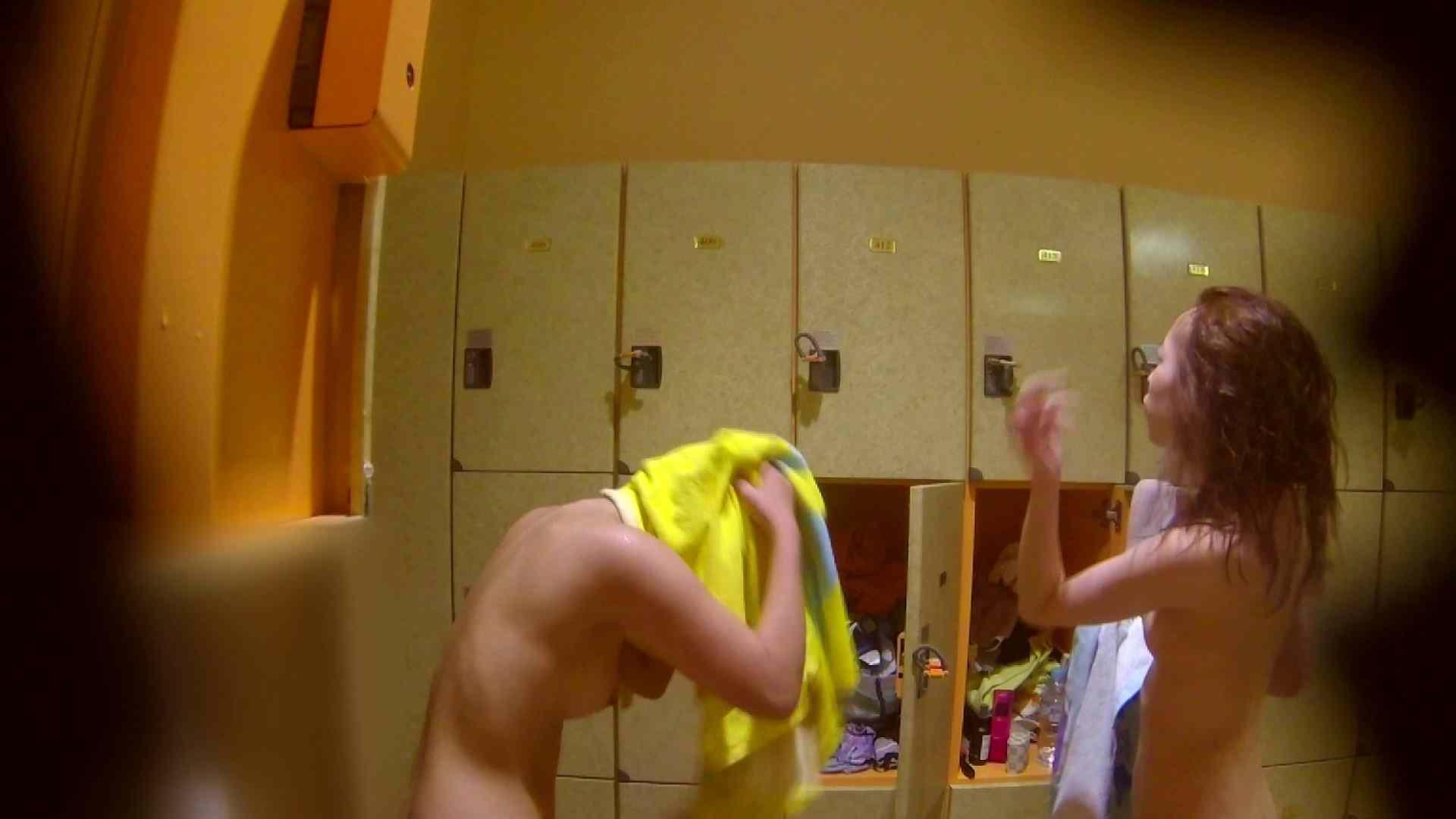 追い撮り!脱衣~洗い場、そして着替え、髪を乾かすまで完全追跡。 追跡 盗撮アダルト動画キャプチャ 87pic 79