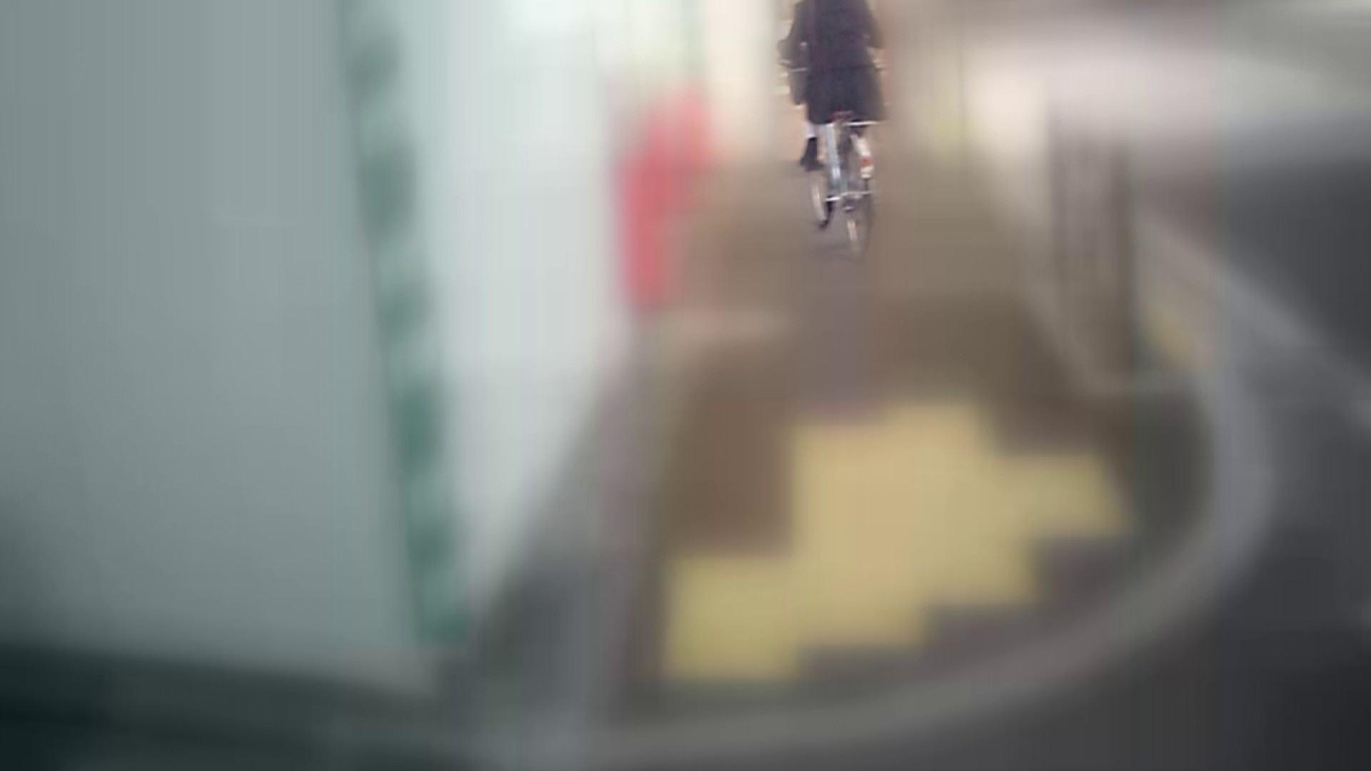 自転車パンチラ Vol.04 車 すけべAV動画紹介 76pic 40