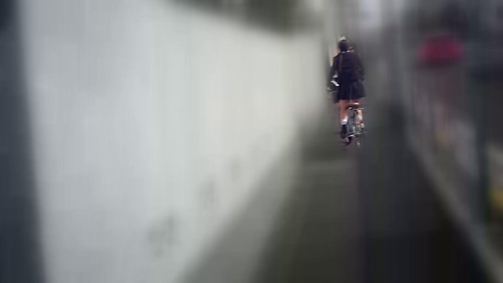 自転車パンチラ Vol.04 追跡  76pic 42