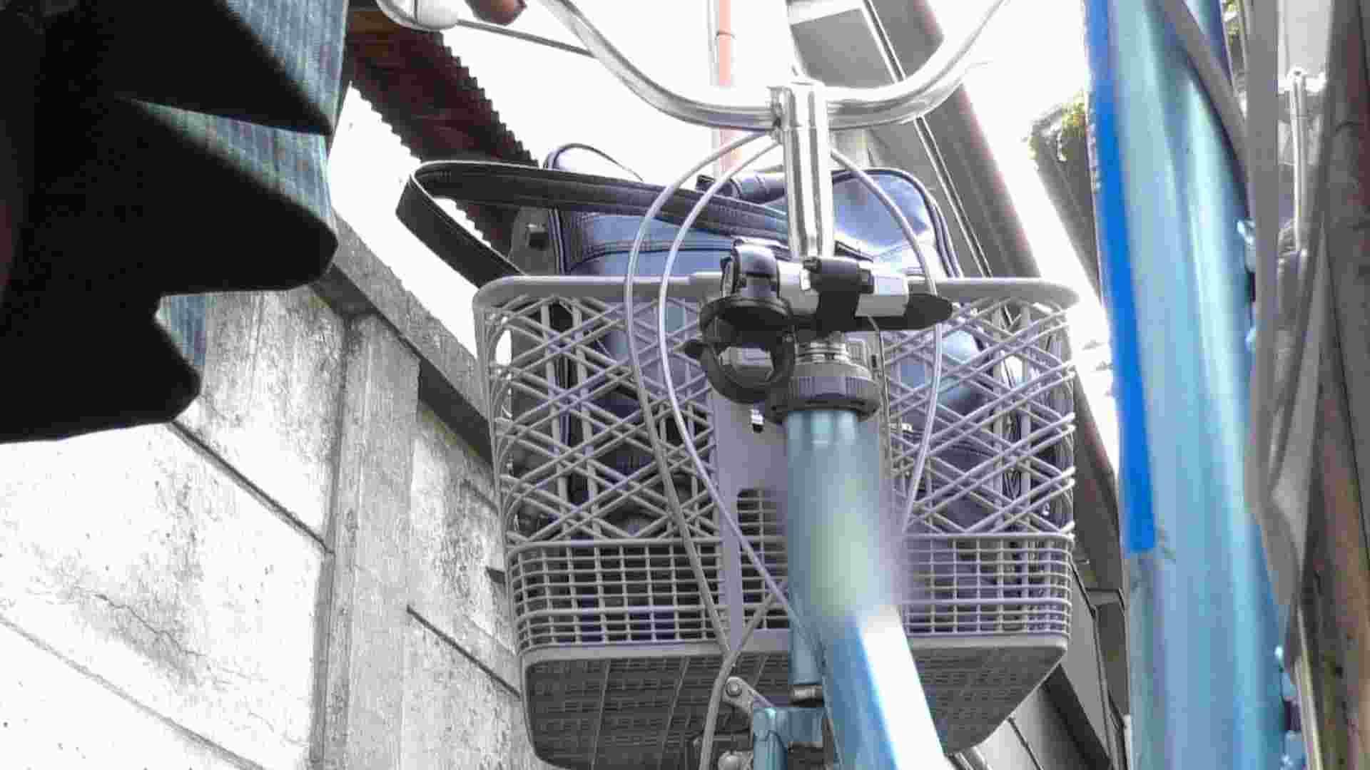 自転車パンチラ Vol.04 車 すけべAV動画紹介 76pic 70