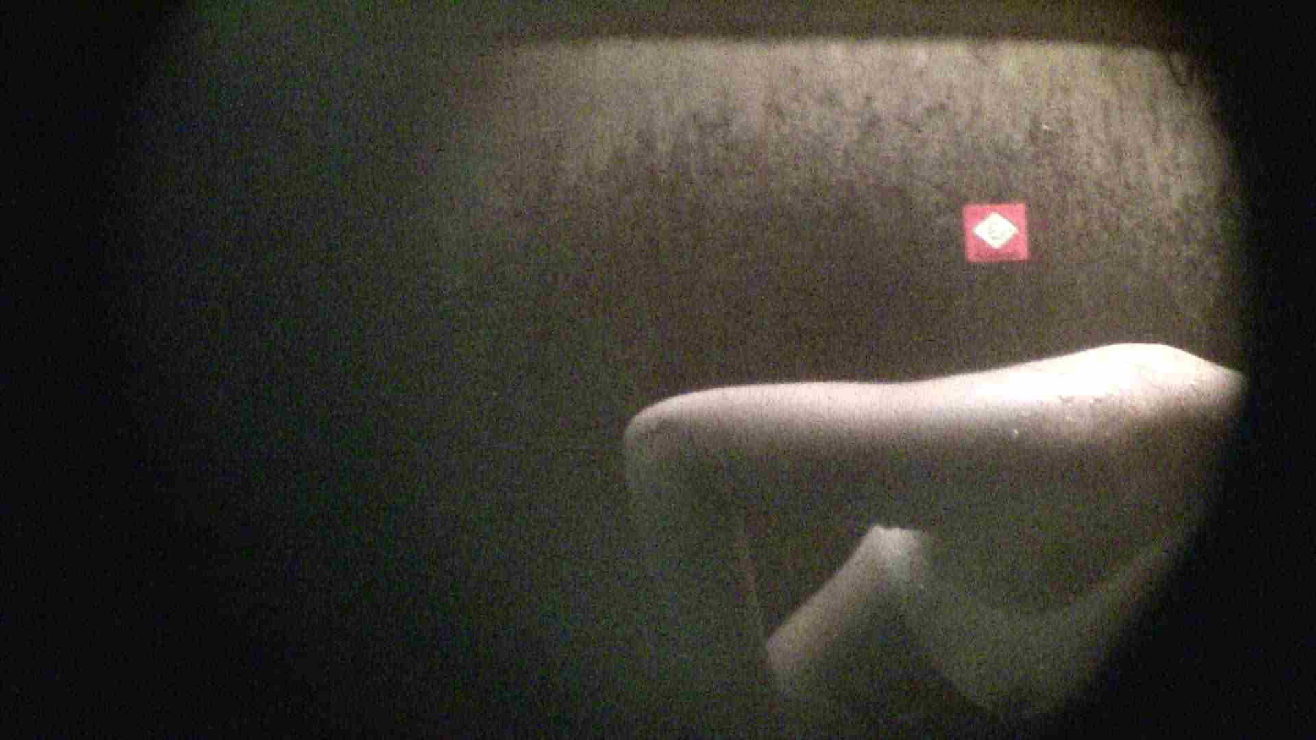 NO.02 見事に日焼けした年齢不詳のお女市さん シャワー  73pic 40