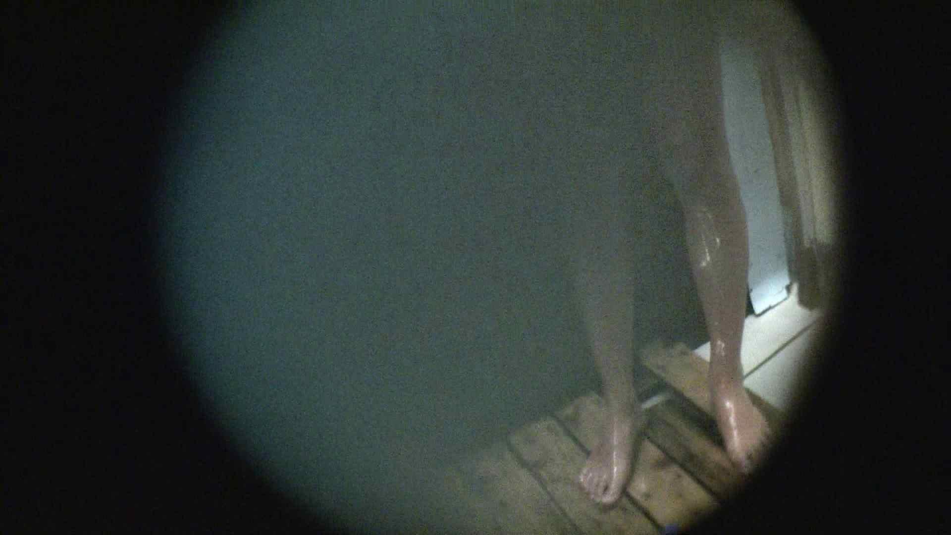 NO.02 見事に日焼けした年齢不詳のお女市さん シャワー  73pic 48