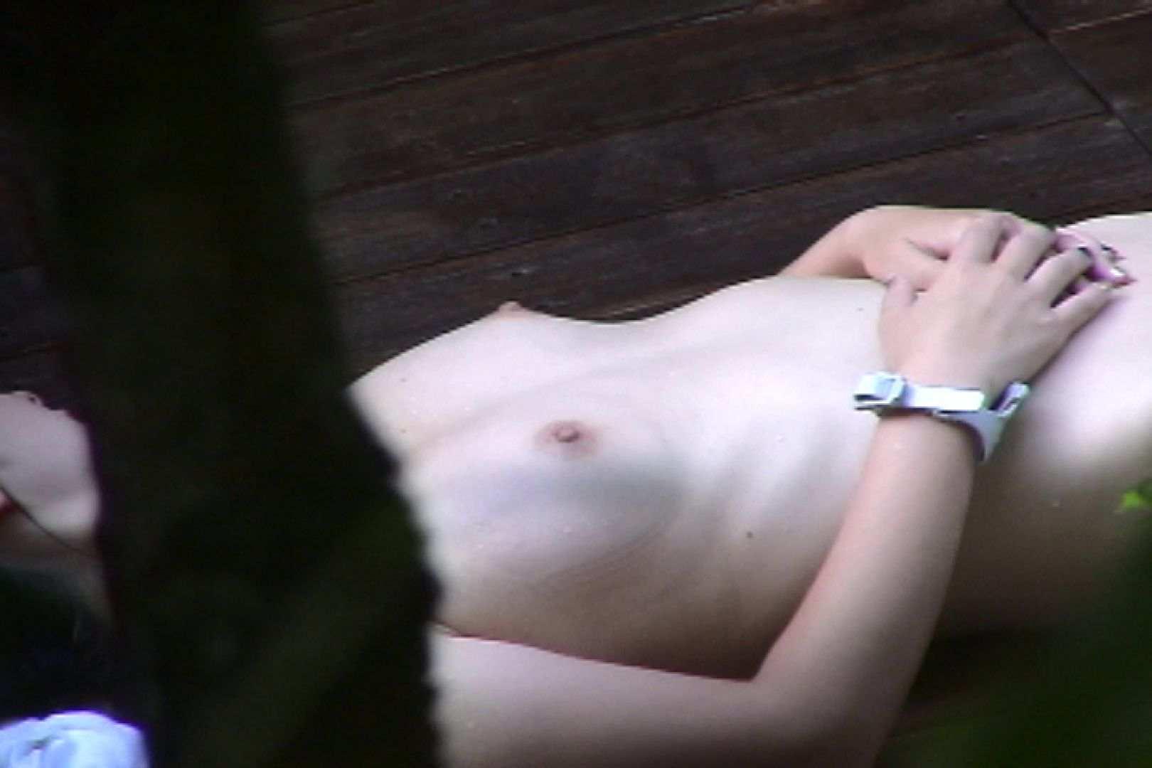 No.11 オトナな女は全裸で裸姿森林浴 潜伏露天風呂  60pic 26
