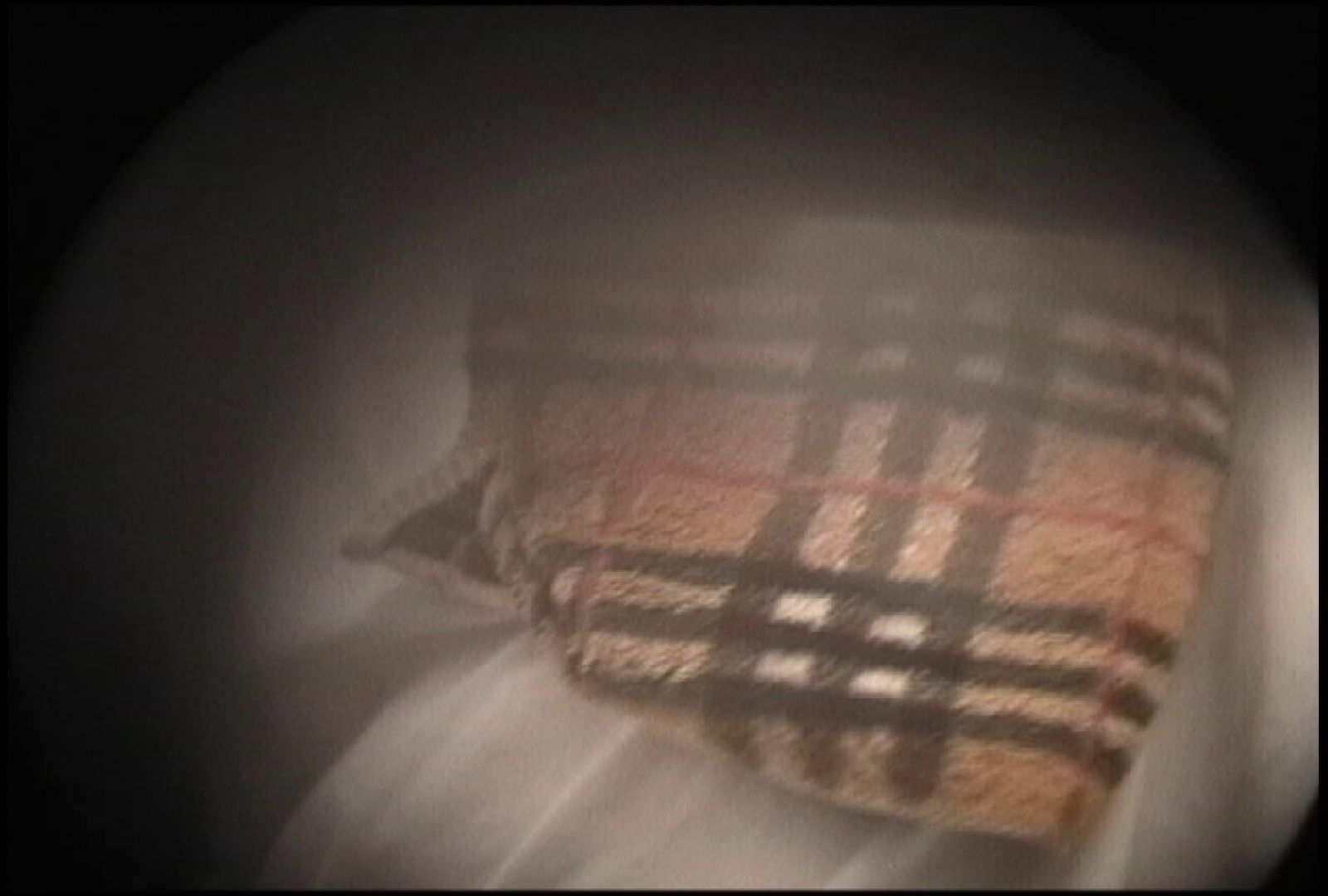 No.131 柔らかいおっぱいをブラに収める仕草 接写  90pic 36