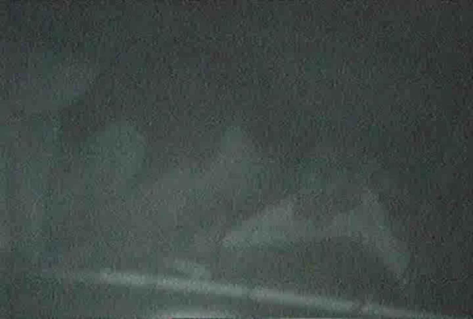 「充血監督」さんの深夜の運動会!! vol.057 お姉さん 盗み撮り動画キャプチャ 86pic 31