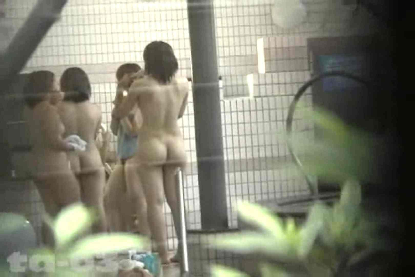 合宿ホテル女風呂盗撮高画質版 Vol.03 ホテルでエッチ 覗きスケベ動画紹介 49pic 28
