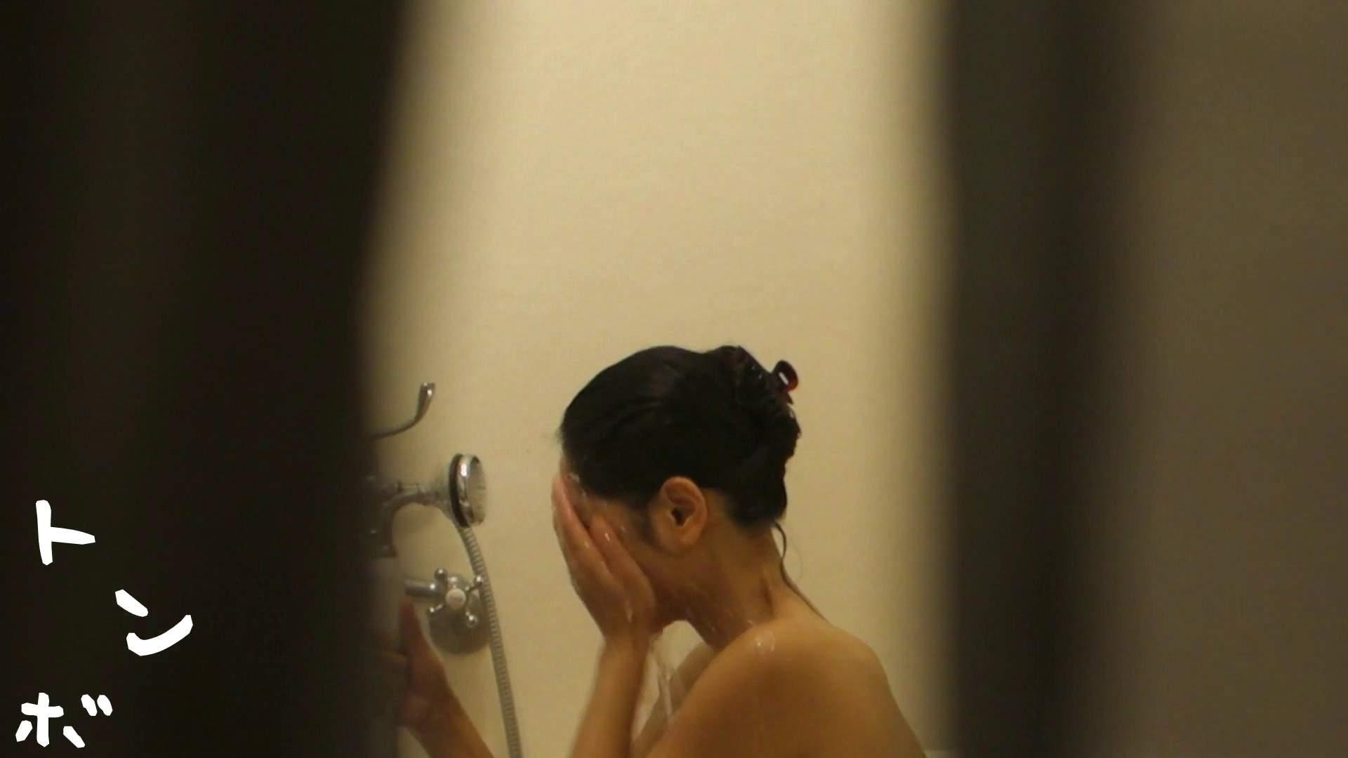 リアル盗撮 現役モデルのシャワーシーン2 潜入 盗撮おまんこ無修正動画無料 90pic 63