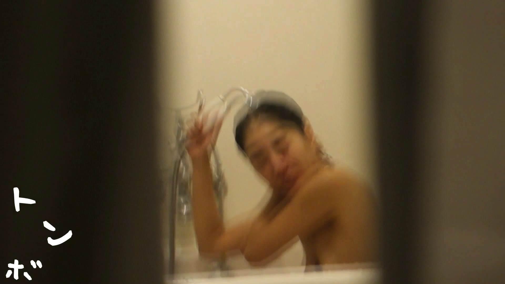 リアル盗撮 現役モデルのシャワーシーン2 高画質 盗撮おまんこ無修正動画無料 90pic 69