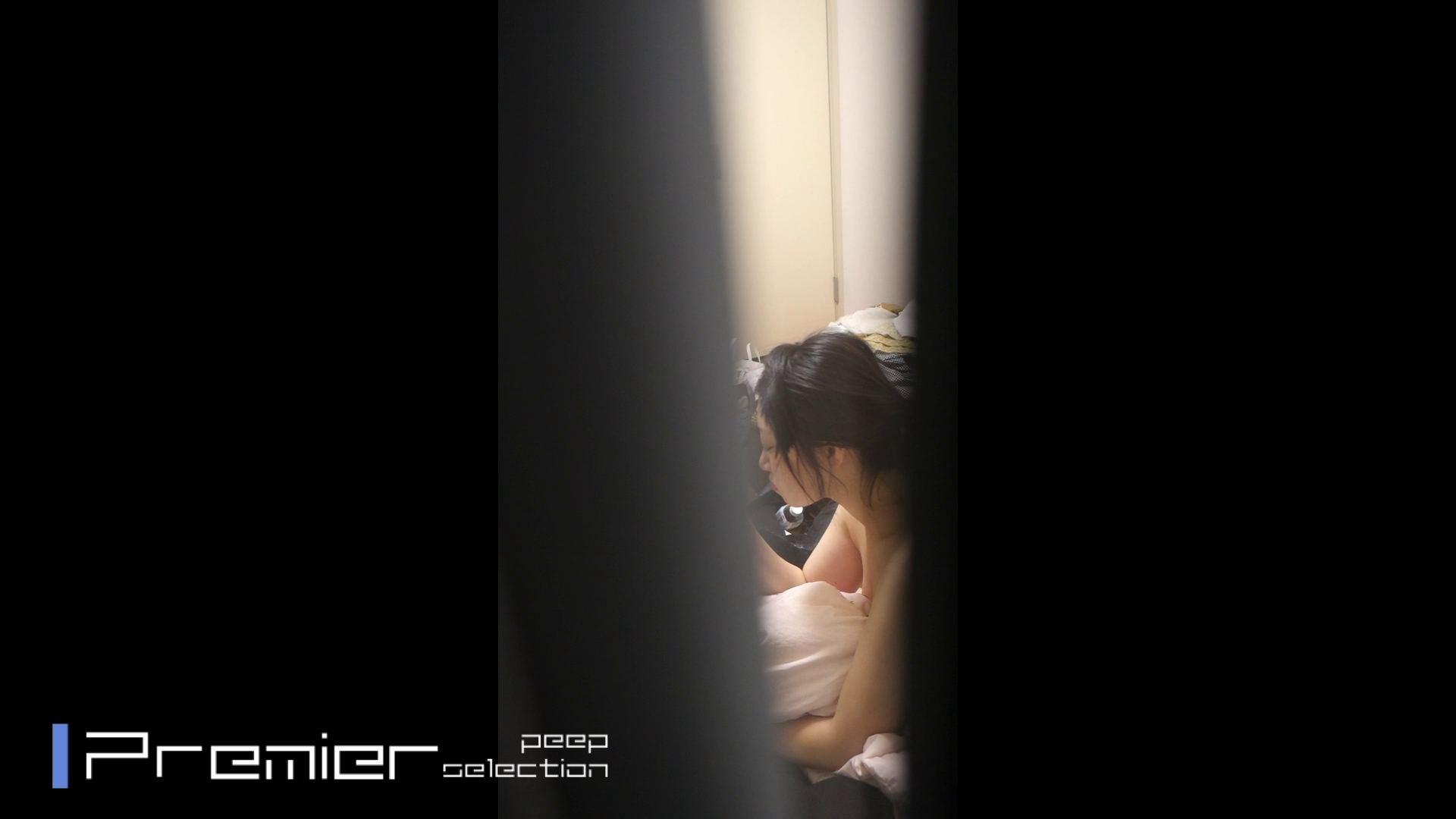 美女達の私生活に潜入!一人暮らし女子大生の部屋ヌード 高画質  93pic 48