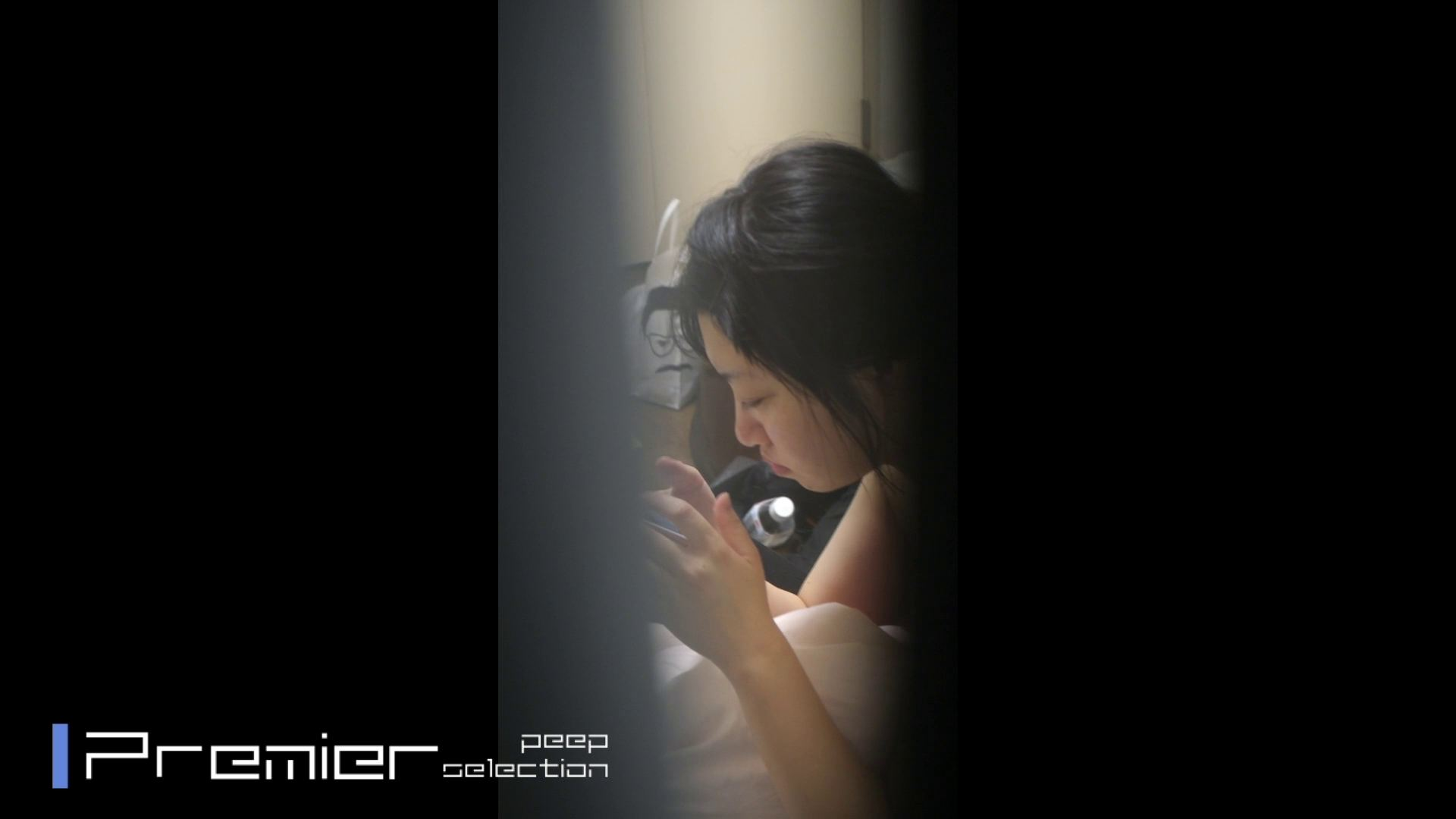 美女達の私生活に潜入!一人暮らし女子大生の部屋ヌード 潜入 隠し撮りAV無料 93pic 70