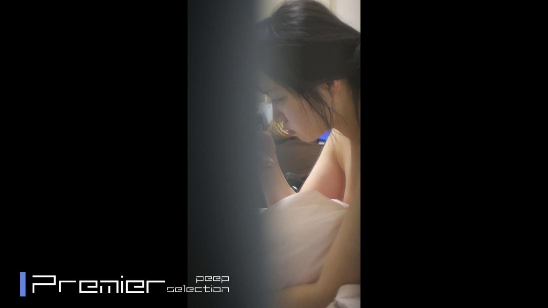 美女達の私生活に潜入!一人暮らし女子大生の部屋ヌード 高画質 | 美女  93pic 81