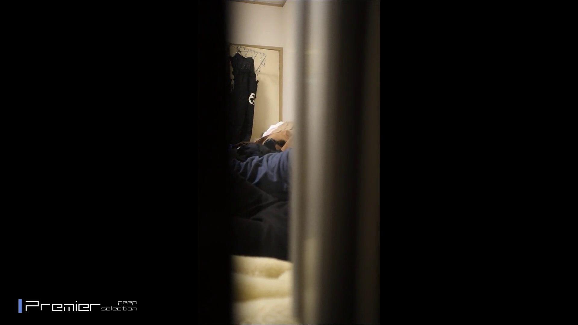 美女達の私生活に潜入!★永久保存版★2組の超美人JDカップル リアルSEX完全版 美女 覗きぱこり動画紹介 23pic 2