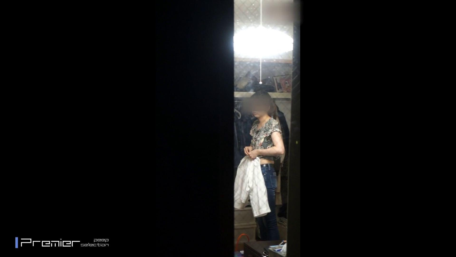 美人 OL のおっぱいとセクシーランジェリー  美女達の私生活に潜入! 美女 盗撮オマンコ無修正動画無料 47pic 39