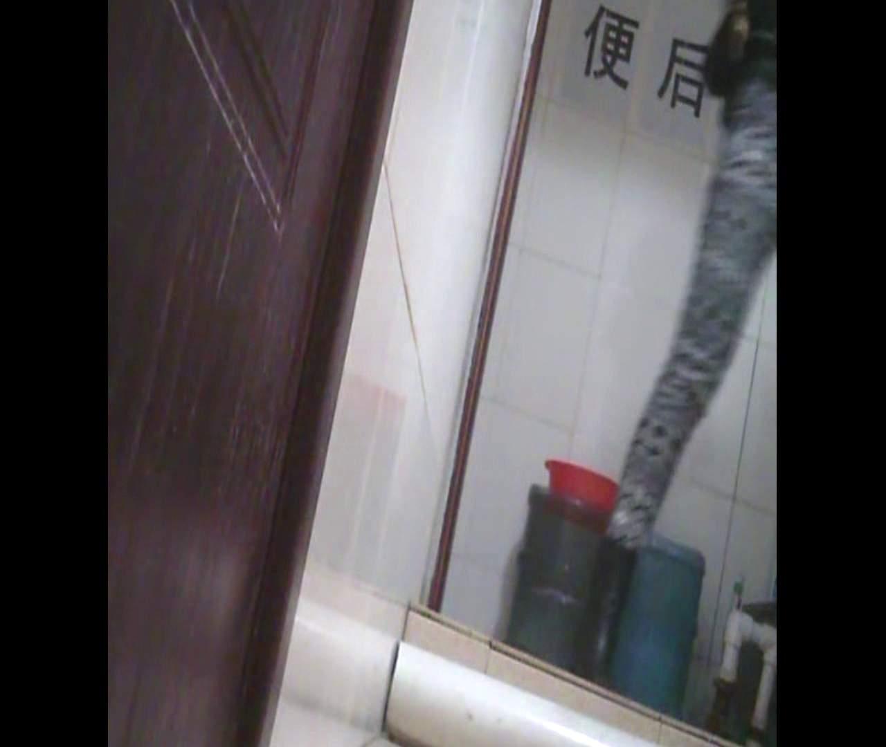 Vol.26 鼻歌は万国共通です。 洗面所 盗撮われめAV動画紹介 54pic 17