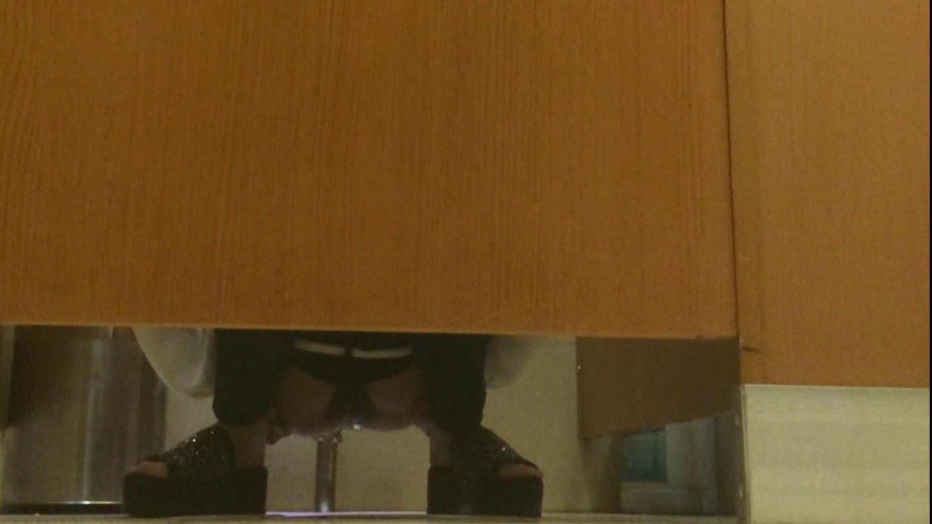 隣国化粧室下から御免!! No.14 洗面所  72pic 24