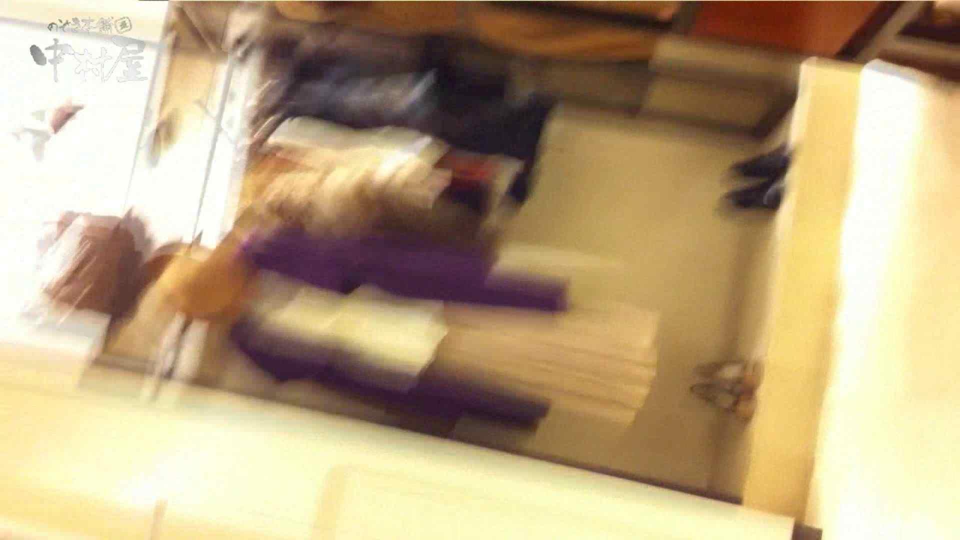 巨乳 乳首:vol.79 美人アパレル胸チラ&パンチラ 貝ワレパンツの店員さんw:のぞき本舗 中村屋
