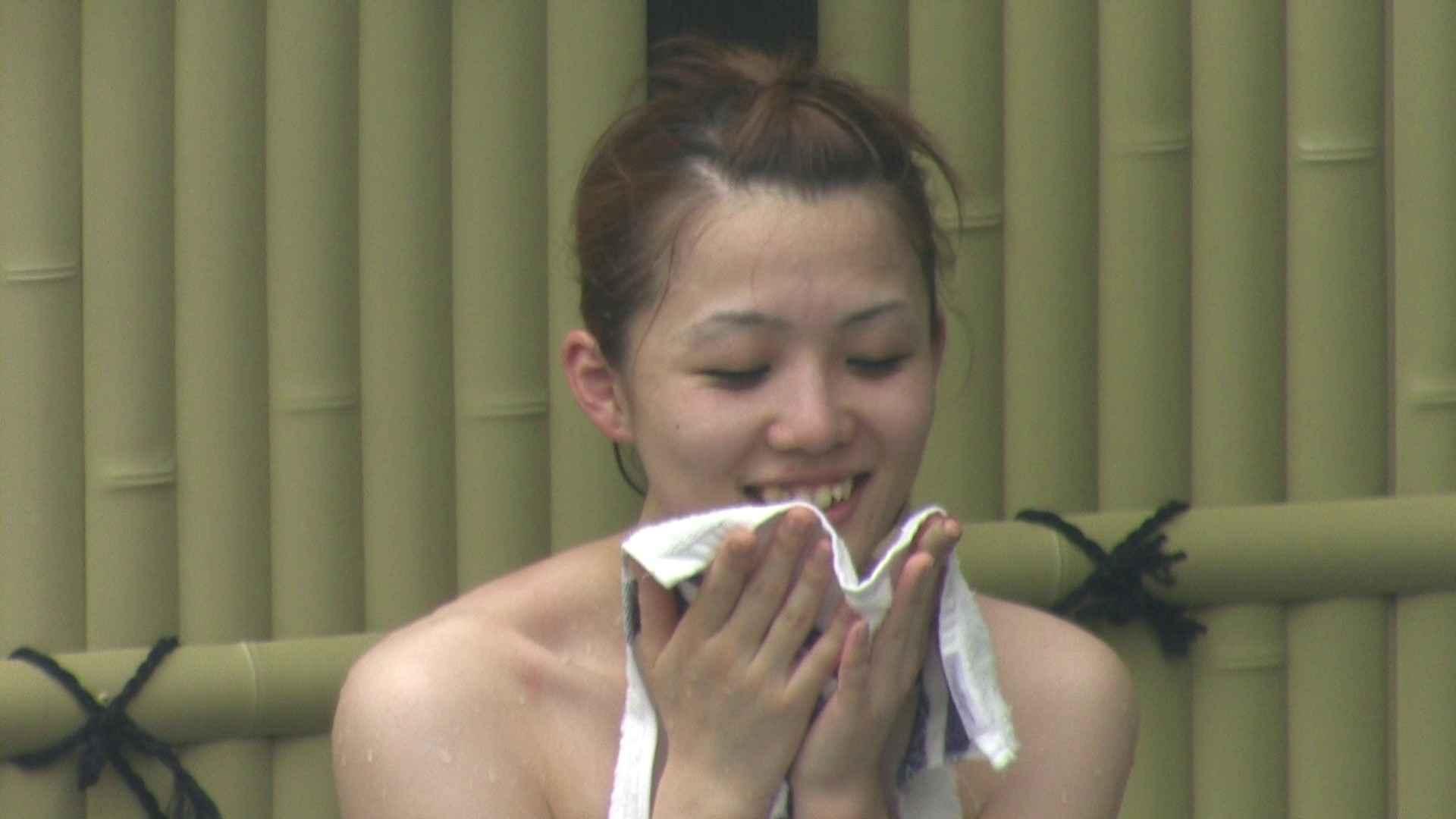 巨乳 乳首:Aquaな露天風呂Vol.129:のぞき本舗 中村屋
