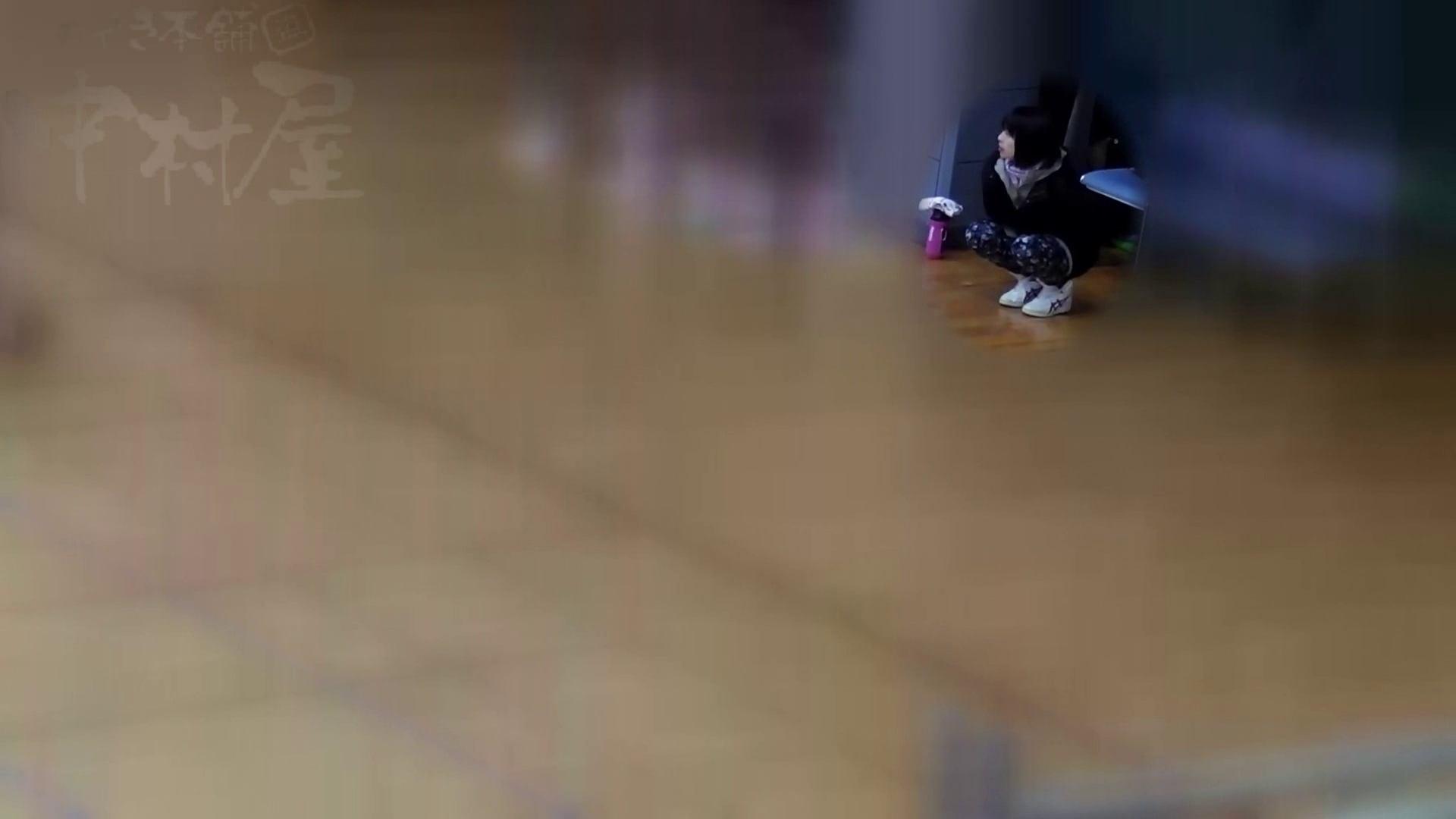 巨乳 乳首:マンコ丸見え!第三体育館潜入撮File002 本領発揮!:のぞき本舗 中村屋