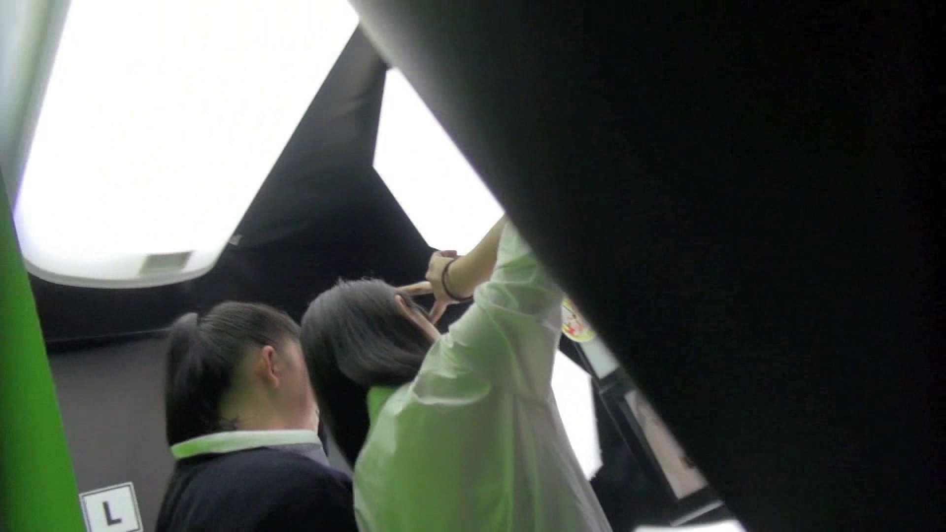 巨乳 乳首:現役ギャル盗撮師 hana様のプリクラ潜入!制服Pチラ!Vol.4:のぞき本舗 中村屋