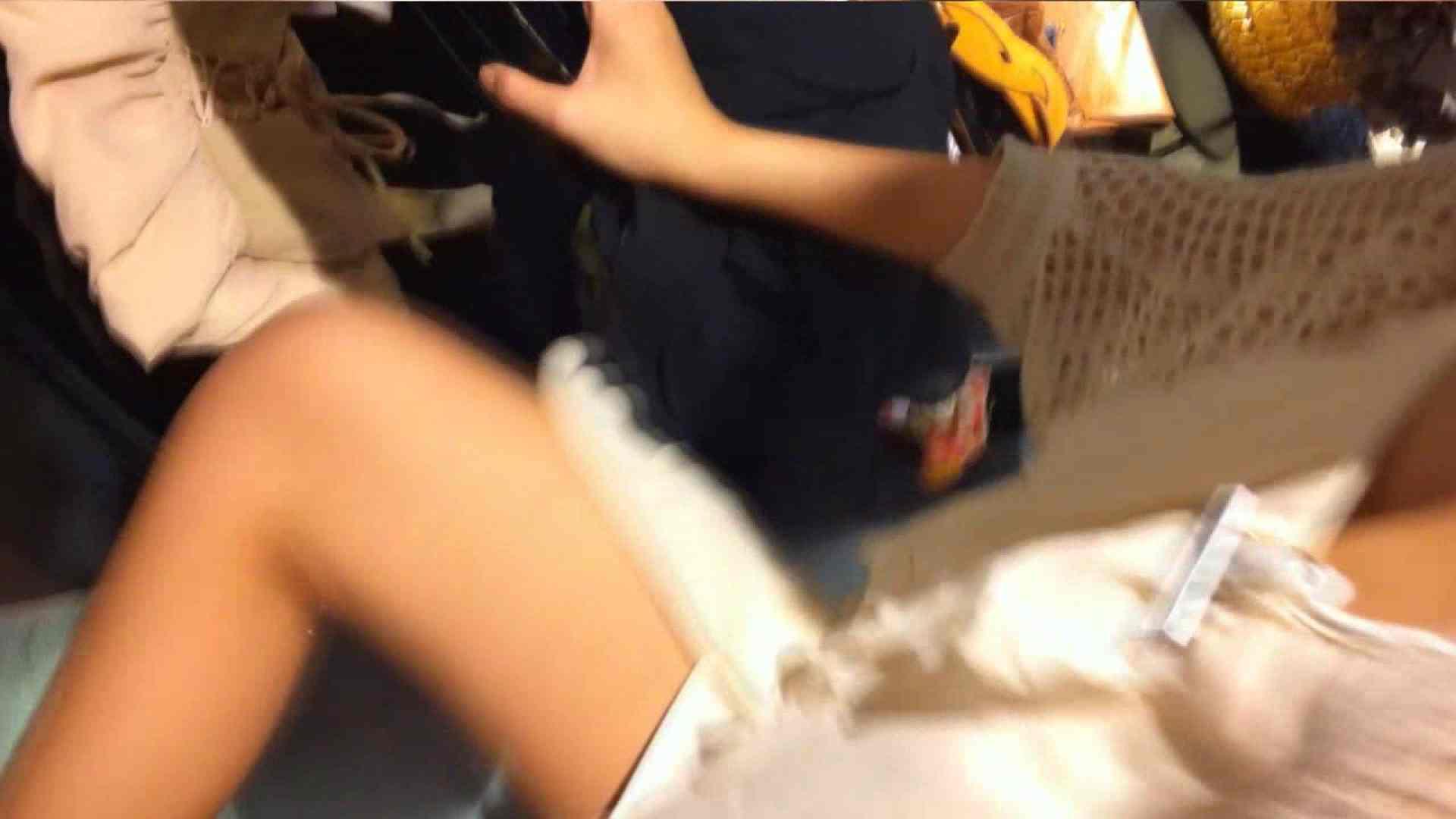 可愛いカリスマ店員限定‼胸チラ&パンチラ vol.10 パンチラ放出 のぞき動画画像 24pic 21