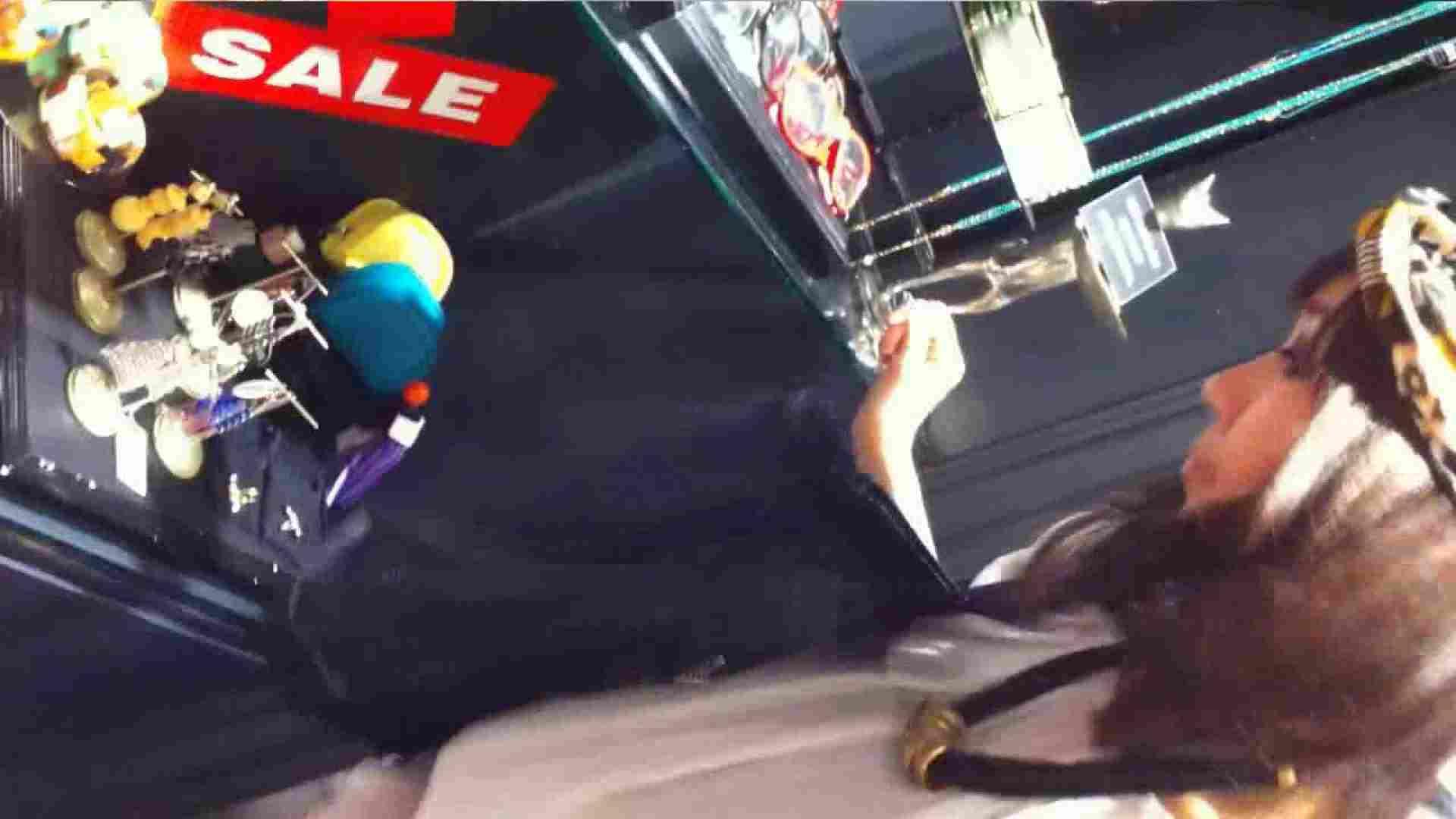 可愛いカリスマ店員限定‼胸チラ&パンチラ vol.16 OLの実態 盗み撮り動画キャプチャ 103pic 32