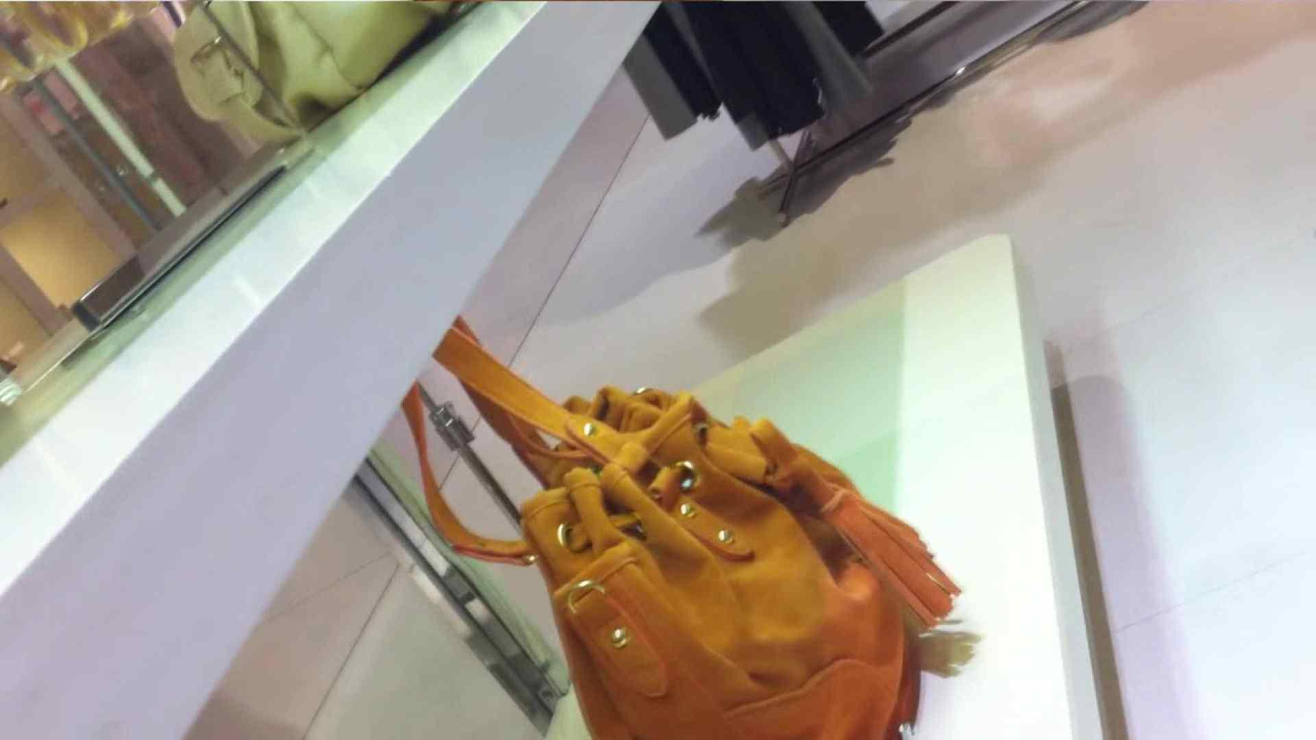 vol.33 美人アパレル胸チラ&パンチラ ギャル系ネーチャンの下着 接写 のぞき動画画像 42pic 5