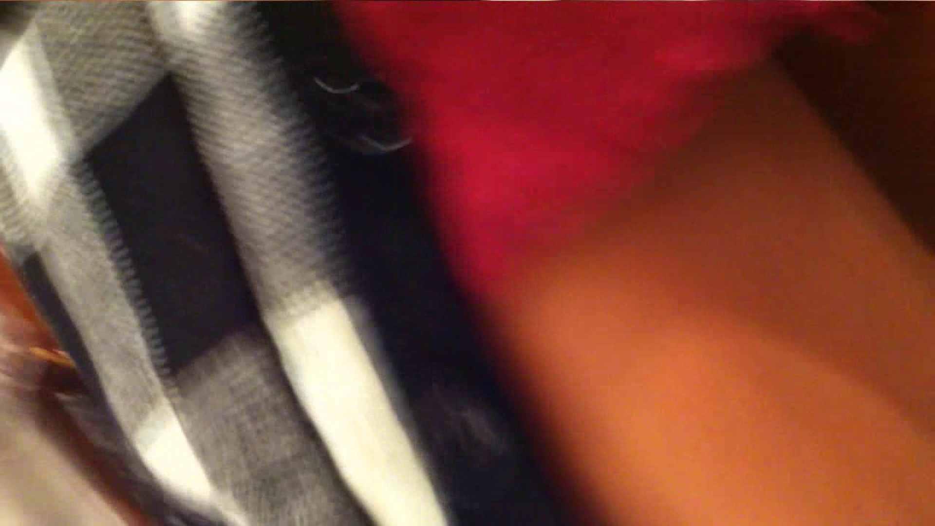 vol.33 美人アパレル胸チラ&パンチラ ギャル系ネーチャンの下着 胸チラ 盗撮セックス無修正動画無料 42pic 15