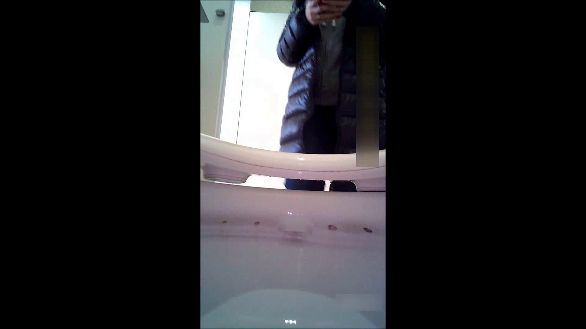 キレカワ女子大生の秘密の洗面所!Vol.052 潜入 のぞき動画画像 52pic 37