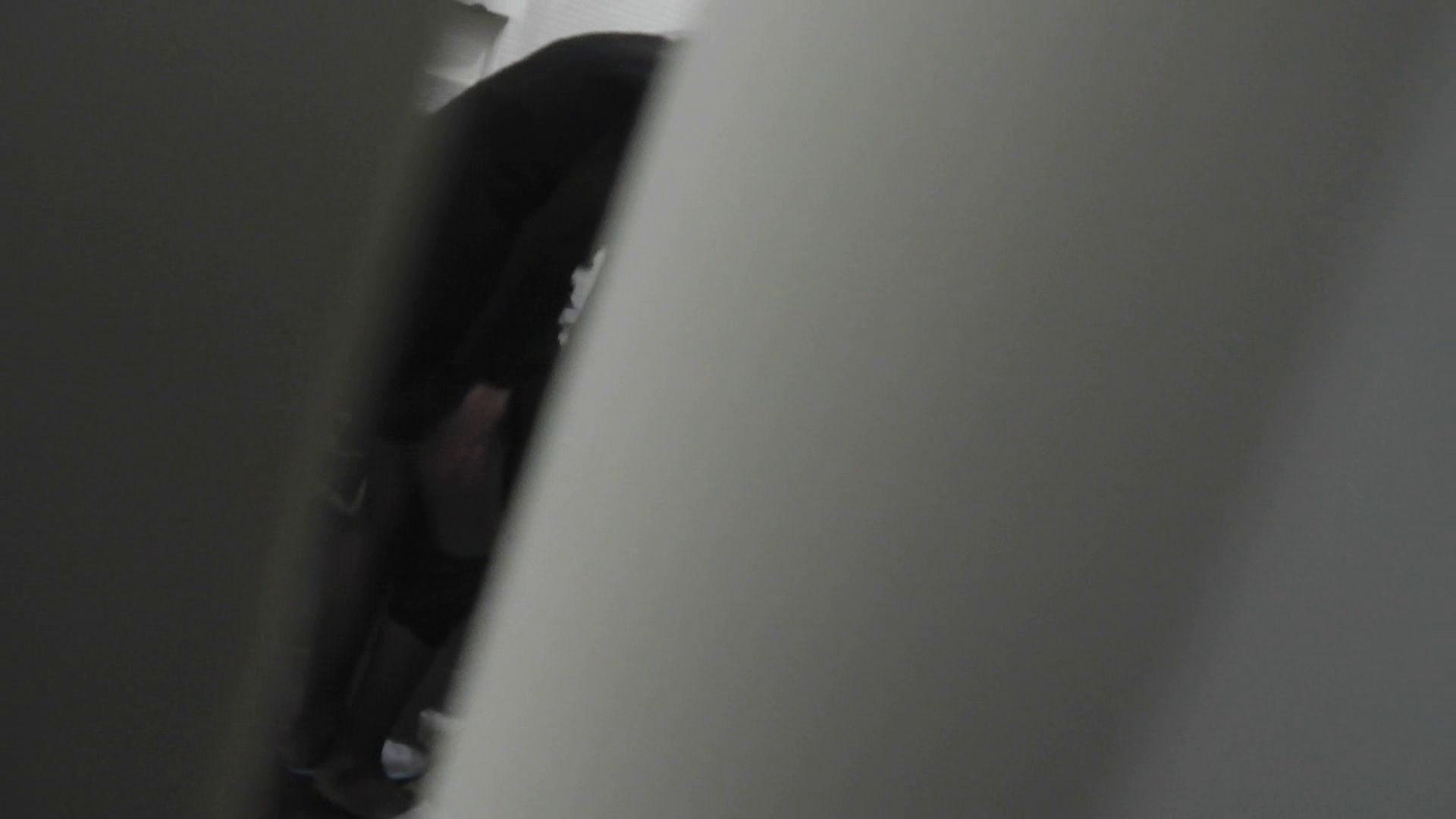 【日本成人用品展览会。超模如云】vol.01 着替 空爆 OLの実態   潜入  100pic 43