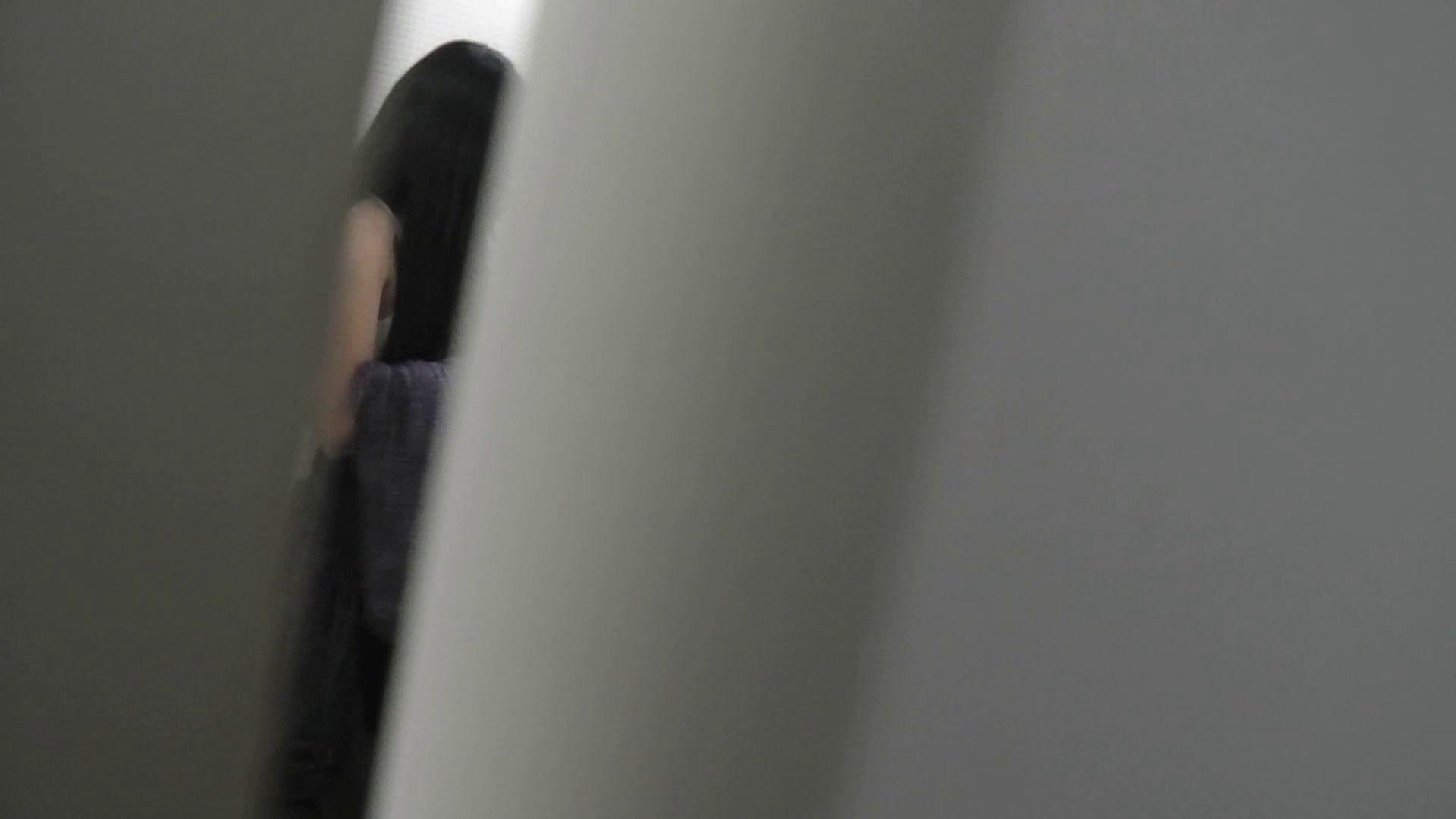 【日本成人用品展览会。超模如云】vol.01 着替 空爆 OLの実態   潜入  100pic 49