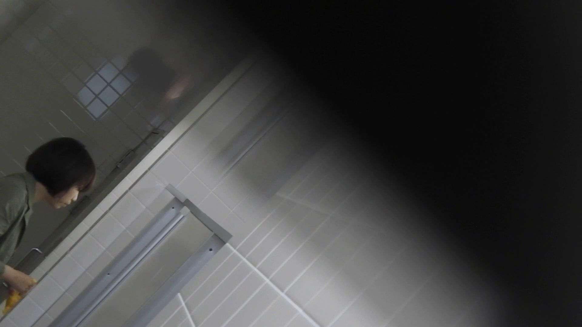 vol.09 命がけ潜伏洗面所! 残念!パンツについちゃいました。 洗面所 覗きおまんこ画像 91pic 22