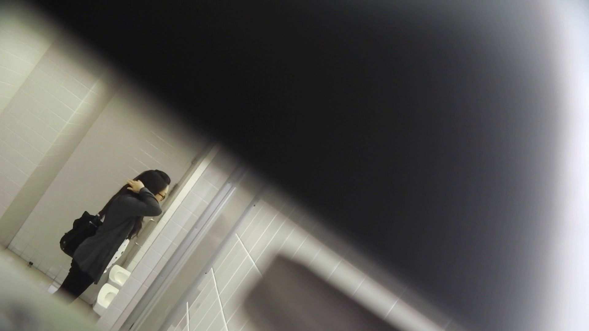vol.10 命がけ潜伏洗面所! バックからヒクヒク。 潜入 盗撮ワレメ無修正動画無料 20pic 15