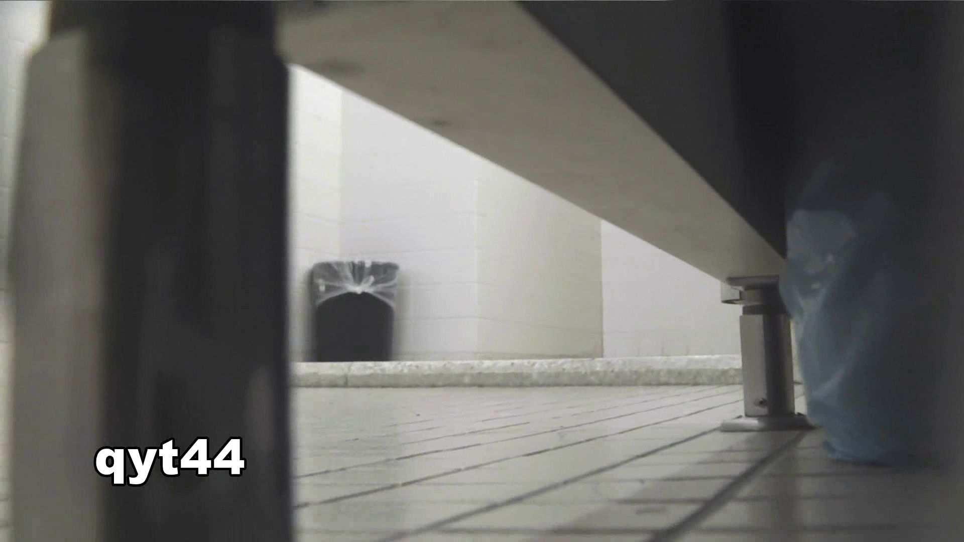 vol.43 命がけ潜伏洗面所! 今回も攻めます 美人 覗きおまんこ画像 80pic 29