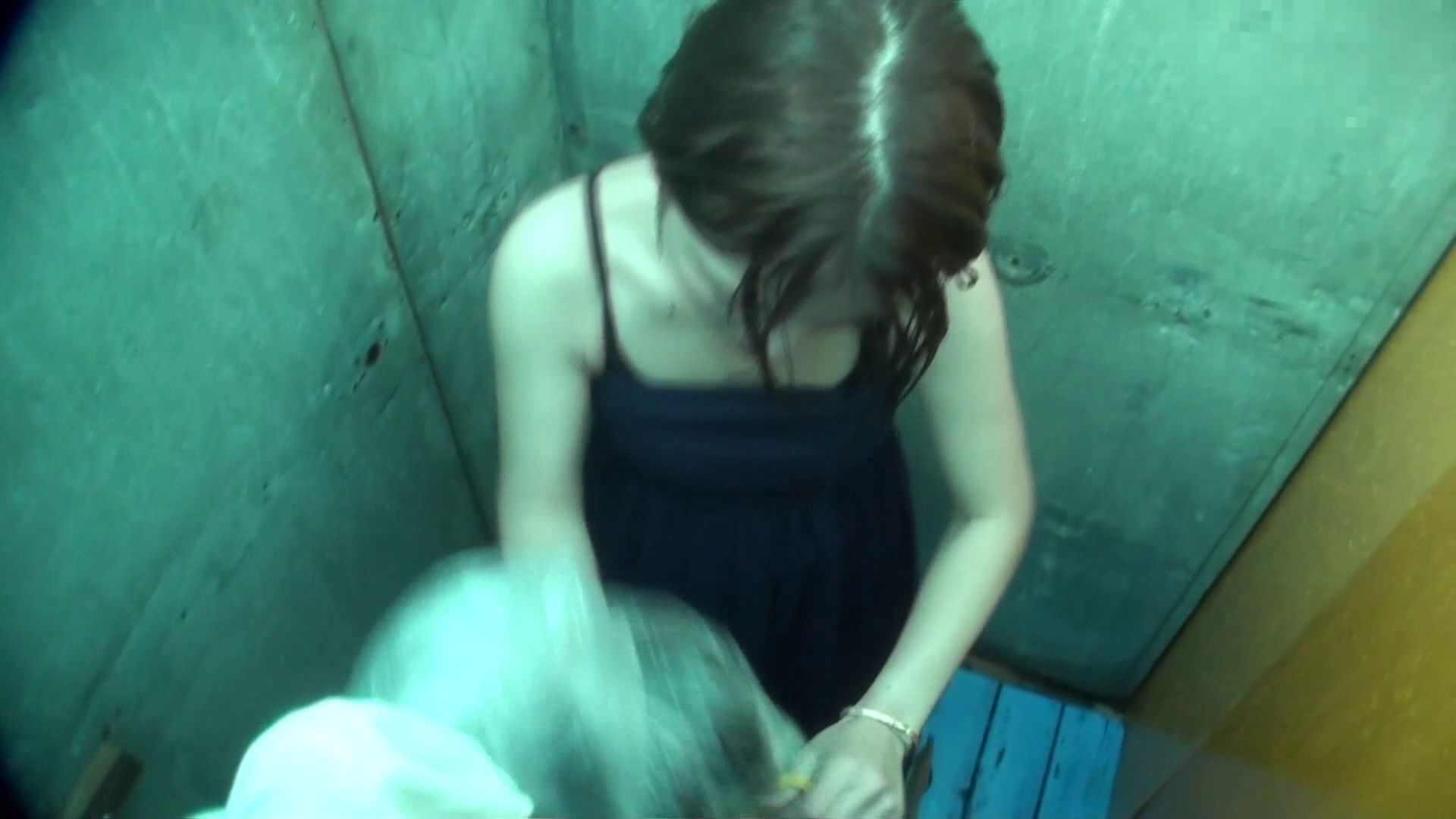 シャワールームは超!!危険な香りVol.12 女性のおまんこには予想外の砂が混入しているようです。 おまんこ無修正  50pic 12