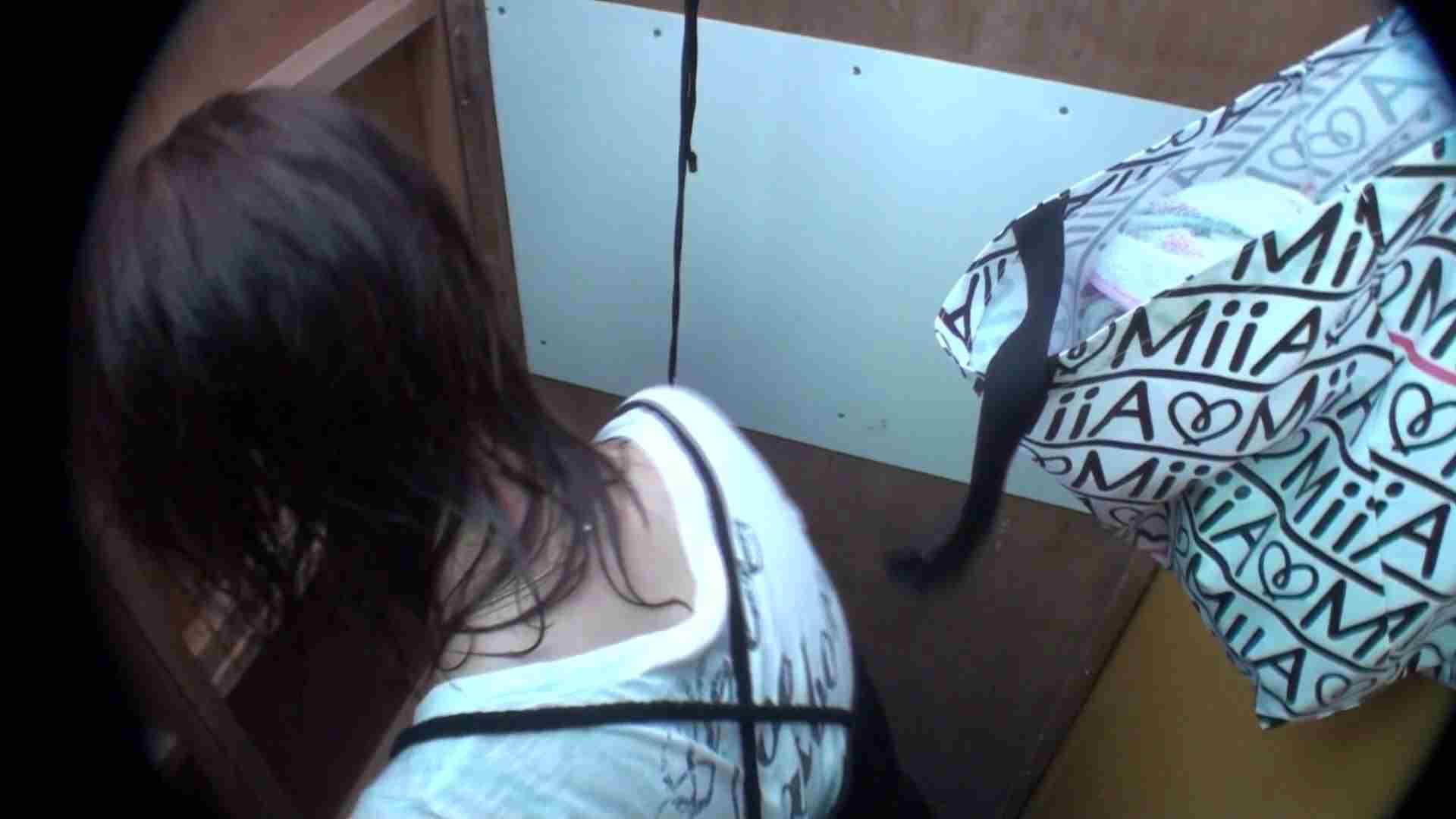 シャワールームは超!!危険な香りVol.20 乳首が見えるのはほんの一瞬です 背中をお楽しみ下さい・・・ OLの実態 盗撮おまんこ無修正動画無料 91pic 10