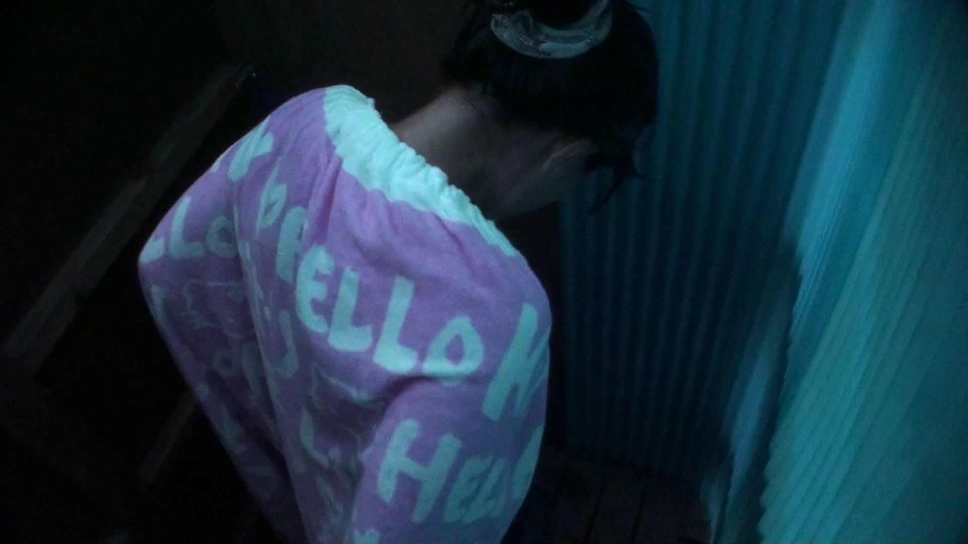 シャワールームは超!!危険な香りVol.26 大学生風美形ギャル 暗さが残念! シャワー 盗み撮りAV無料動画キャプチャ 86pic 42