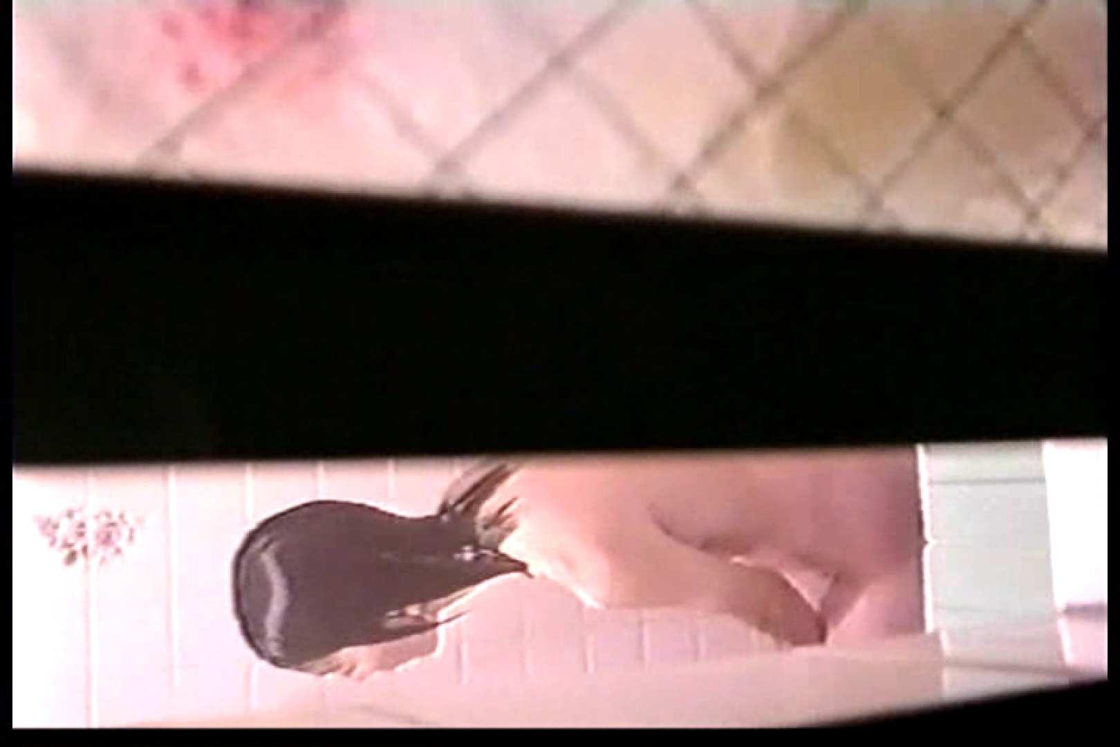 バレまくり!! 絶叫民家女風呂盗撮Vol.1 OLの実態 覗きワレメ動画紹介 41pic 22