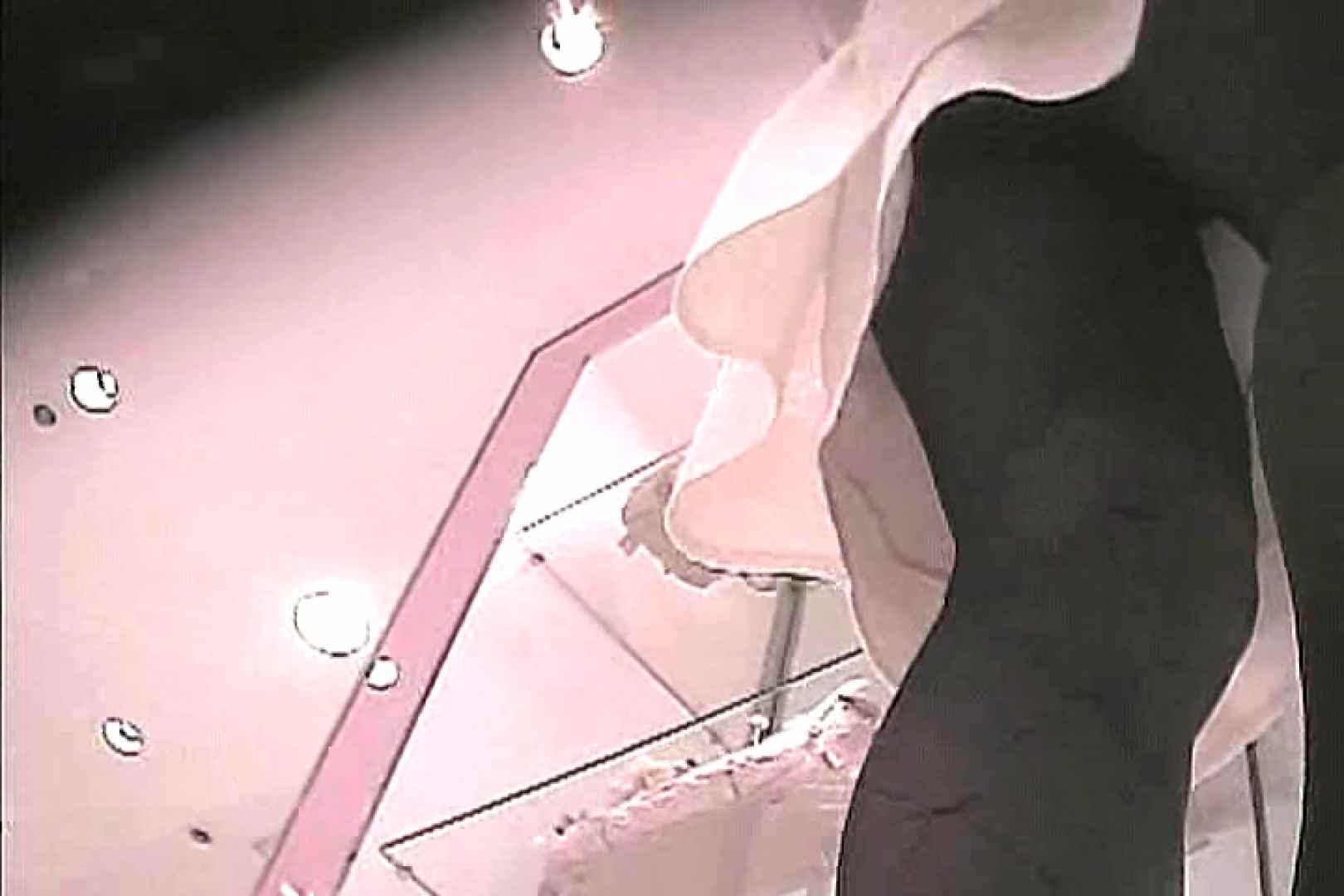 ショップ店員のパンチラアクシデント Vol.11 OLの実態 覗きおまんこ画像 89pic 62