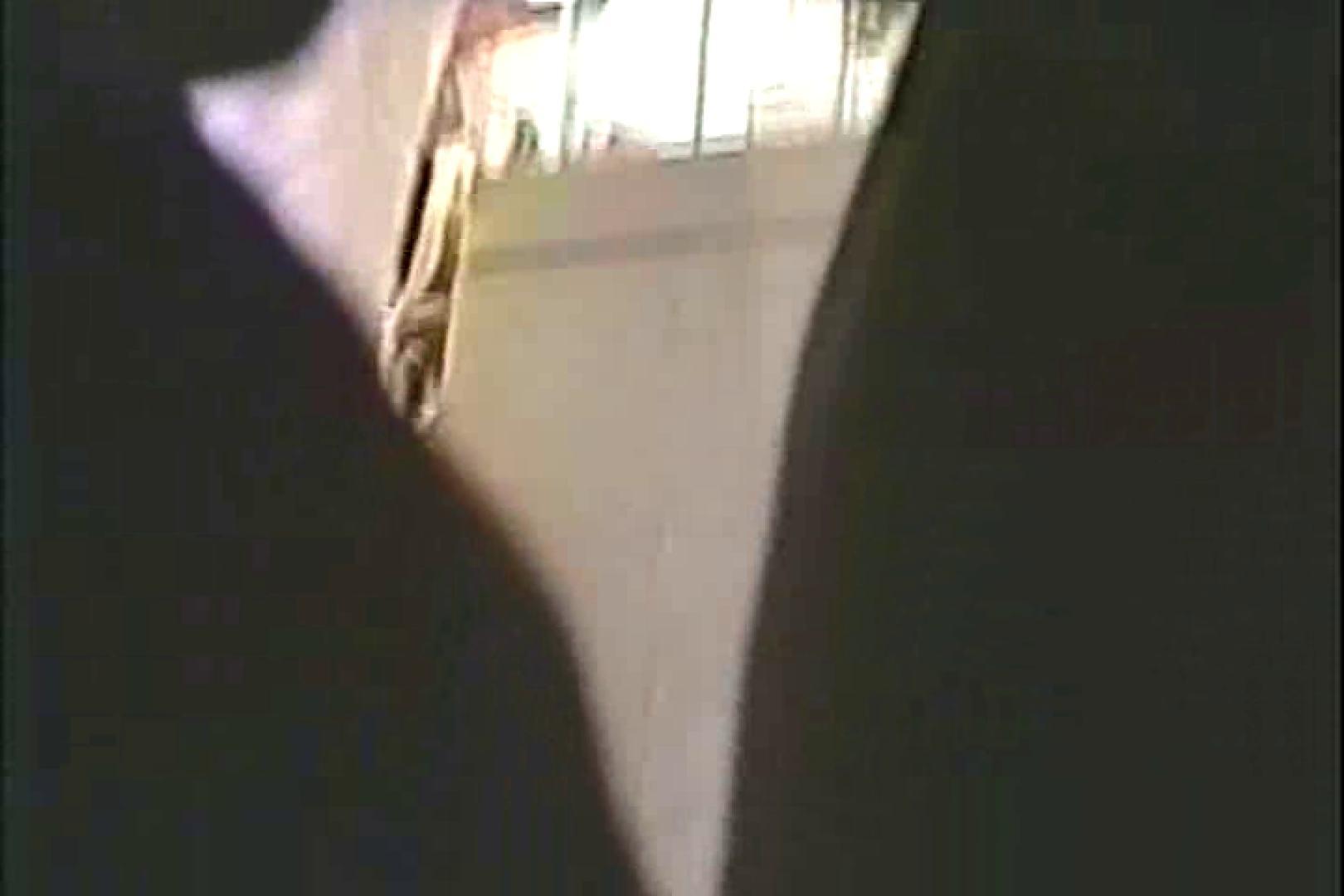「ちくりん」さんのオリジナル未編集パンチラVol.3_01 レースクイーン 盗撮おまんこ無修正動画無料 103pic 69