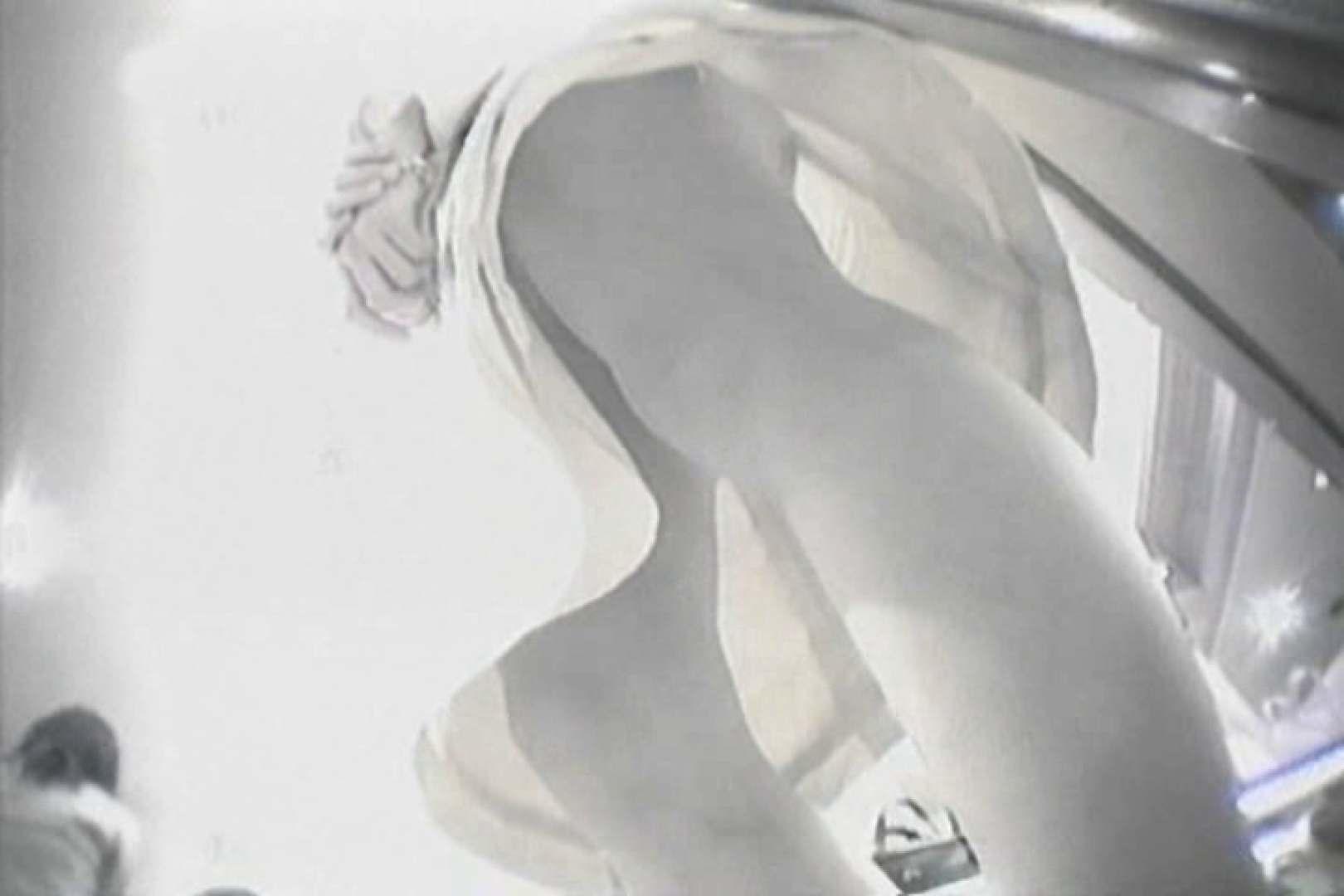 デパートローアングル徘徊 靴カメ盗撮Vol.2 魅力 | パンツ大放出  99pic 56