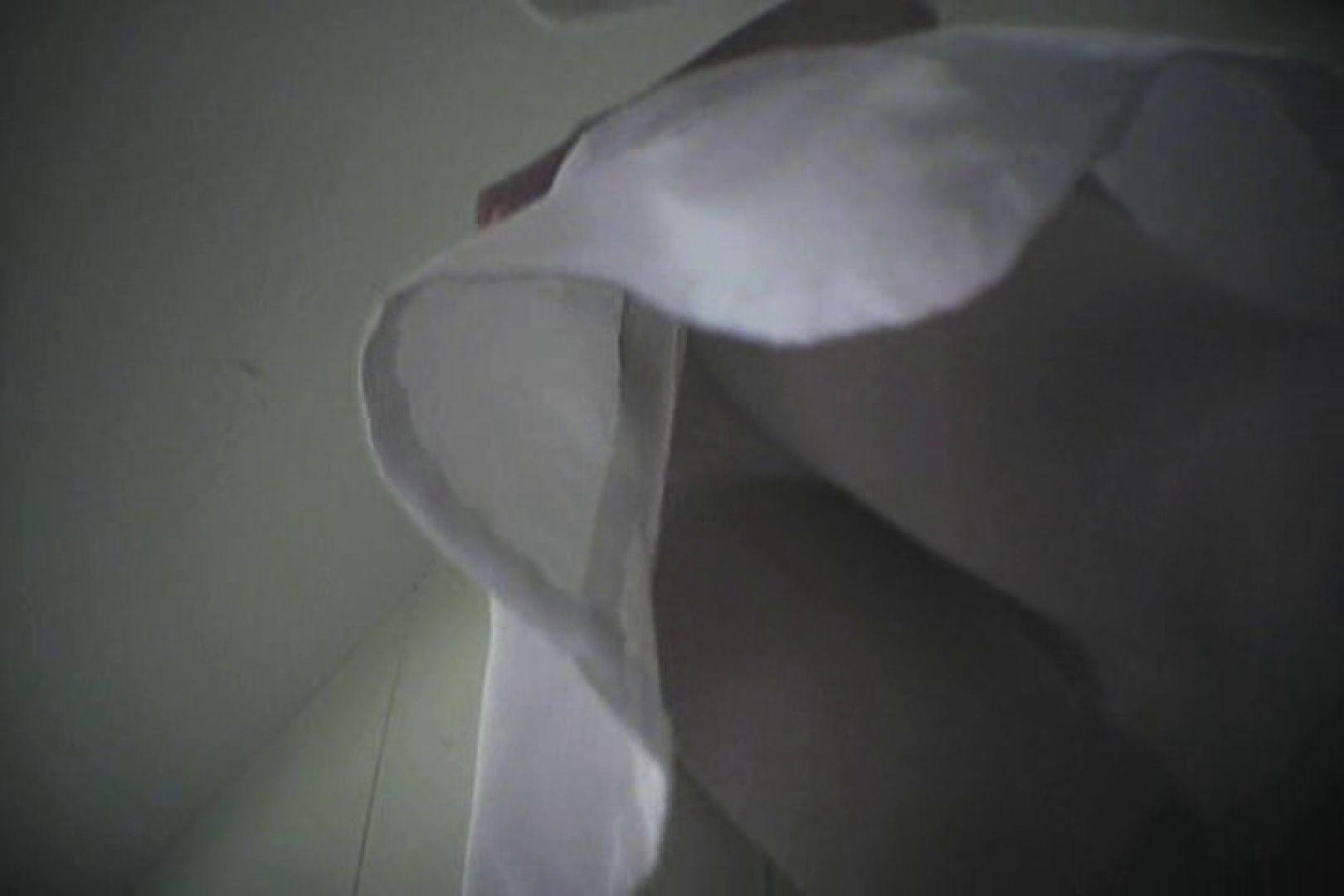 デパートローアングル徘徊 靴カメ盗撮Vol.6 お姉さん 隠し撮りオマンコ動画紹介 64pic 39