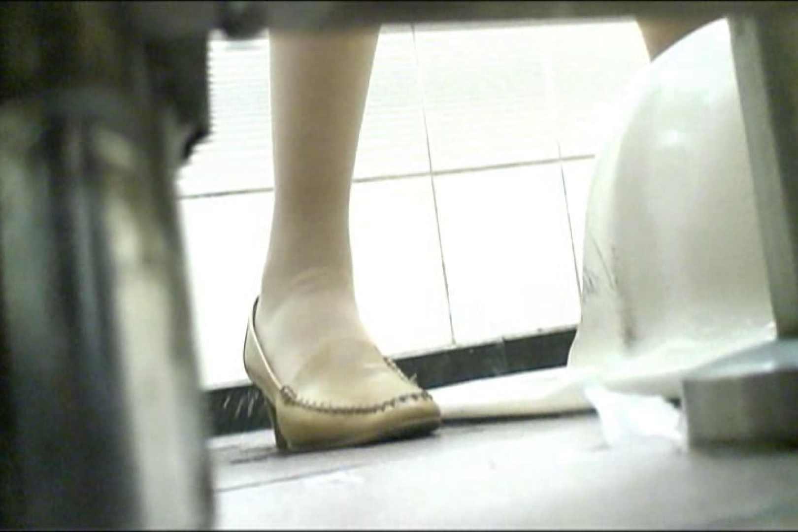 マンコ丸見え女子洗面所Vol.17 OLの実態 盗撮セックス無修正動画無料 97pic 62