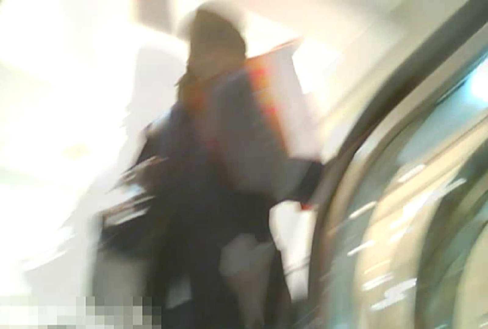 「チキン男」さんの制服ウォッチングVol.5 学校潜伏 のぞき濡れ場動画紹介 48pic 3