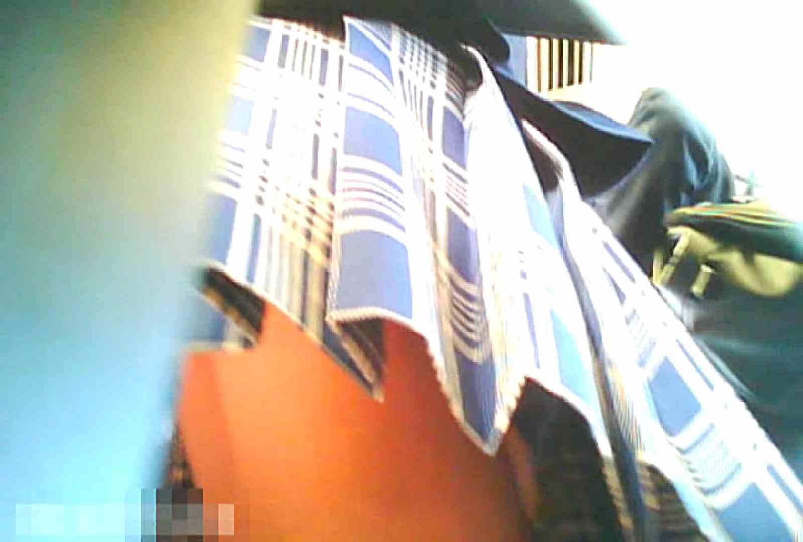 「チキン男」さんの制服ウォッチングVol.7 OLの実態 盗み撮り動画キャプチャ 74pic 23