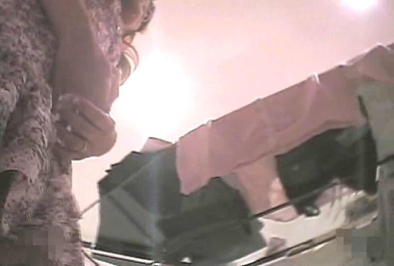 ショップギャルパンチラ!ただ今接客中!!Vol.16 OLの実態 覗きオメコ動画キャプチャ 39pic 32