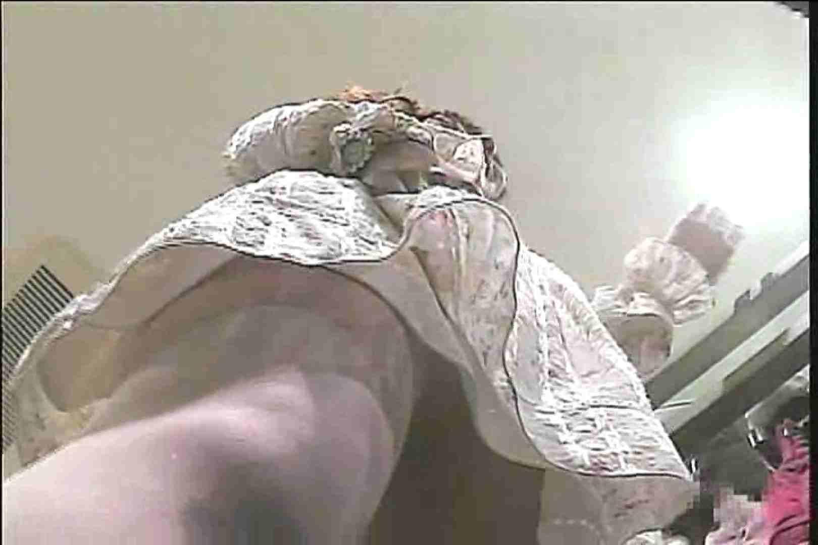 ショップギャルパンチラ!ただ今接客中!!Vol.31 ギャルの実態 隠し撮りセックス画像 70pic 47
