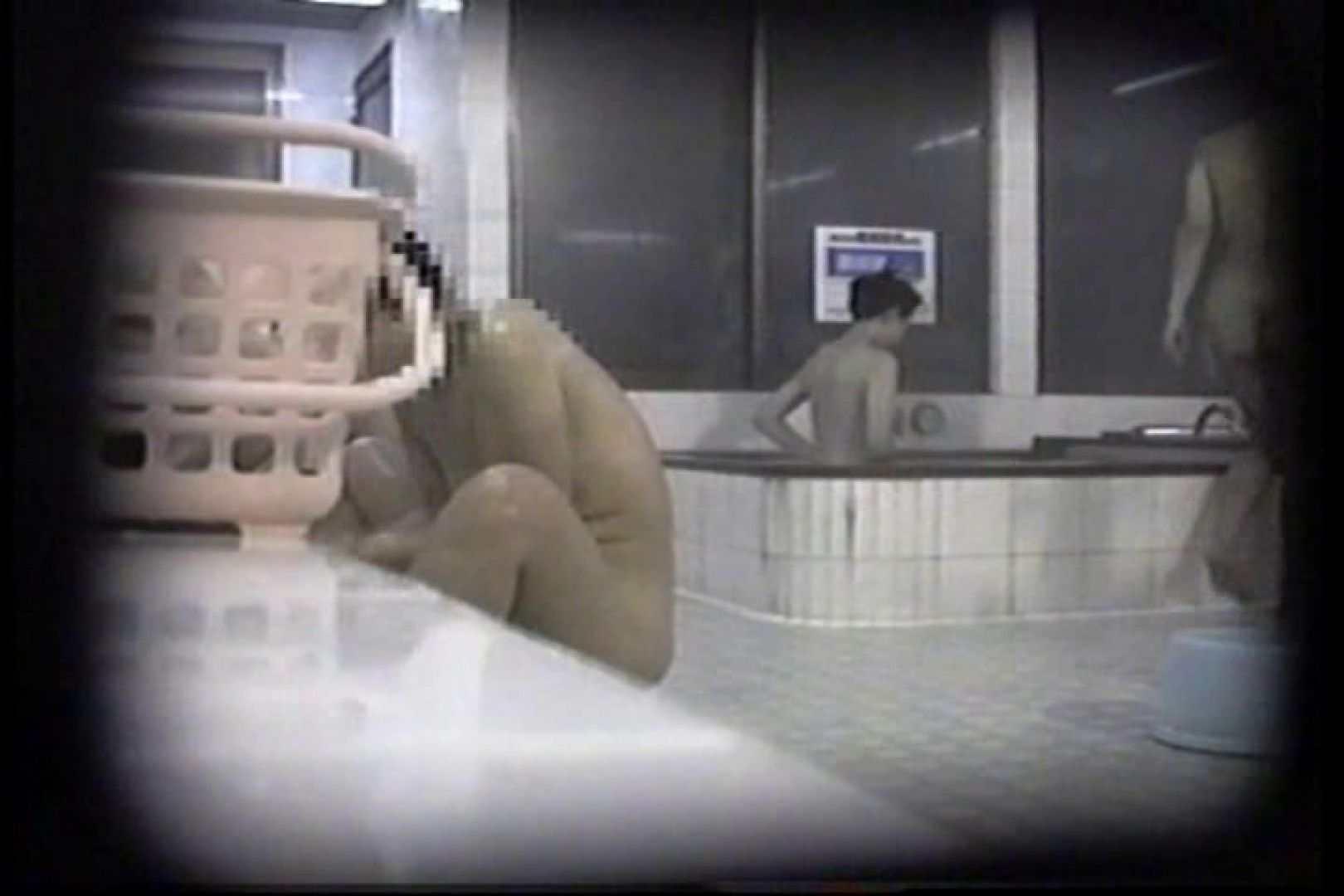 洗面器にカメラを仕込んで洗い場内を移動盗撮 TK-131 盗撮  68pic 54